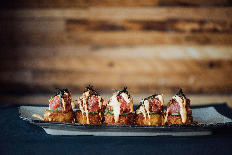 restaurant-cho-asian-brasserie-st-henri-montreal-spicy-tuna-on-crispy-rice.jpg