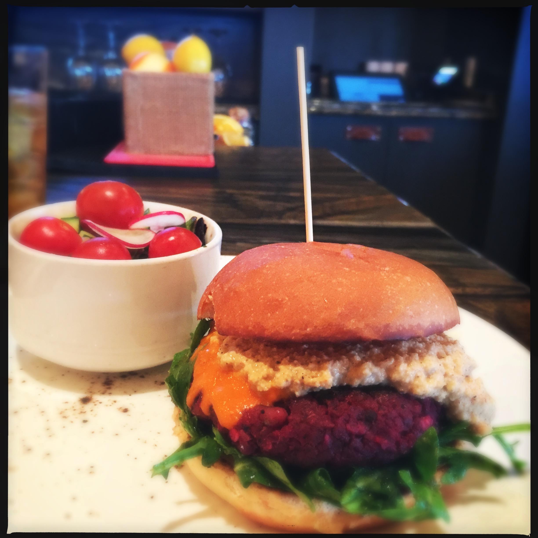 veggie burger.jpg