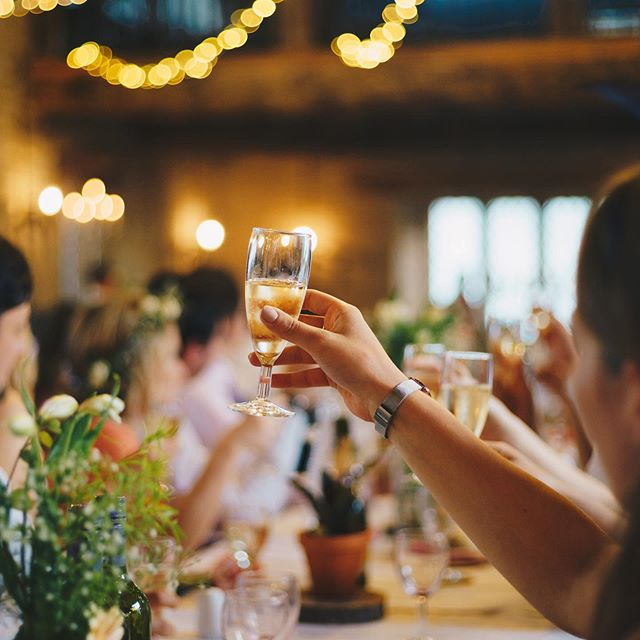 Happy Friday folks! With the weekend finally here, it is time to focus on what really matters; family, friends, food, flowers. In that order. #wedding #cheers #southerncharmplanning #rvaweddingplanner #family #friends #food #flowers #friday #theweekend @sarahcatherinecreative