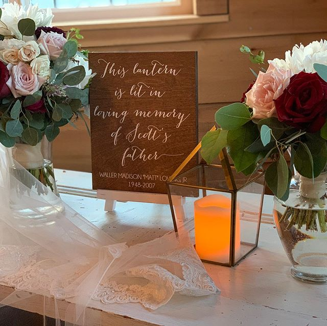 I love making beautiful displays for beautiful people.  I was very blessed to have both of my parents and both of my in laws at my wedding. I couldn't imagine what it would have been like without one of them there. #blessed #ifheavenwasntsofaraway #memorytable #flowers #bouquet #wedding #candle #lantern