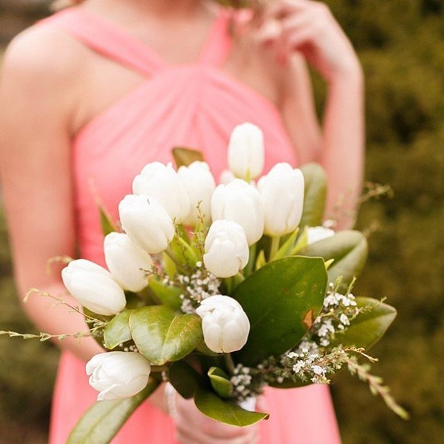 Attention RVA locals! I am offering a discount on day of coordination for all local weddings booked with me from now until August 31st. Please visit my website to contact me about your special day! Share with friends and help to make their day amazing! 📸 @virginiaashleyphotography 💐 @theproperpetal #wedding #dayofcoordinator #flowers #bridesmaid #southerncharmplanning #rvawedding