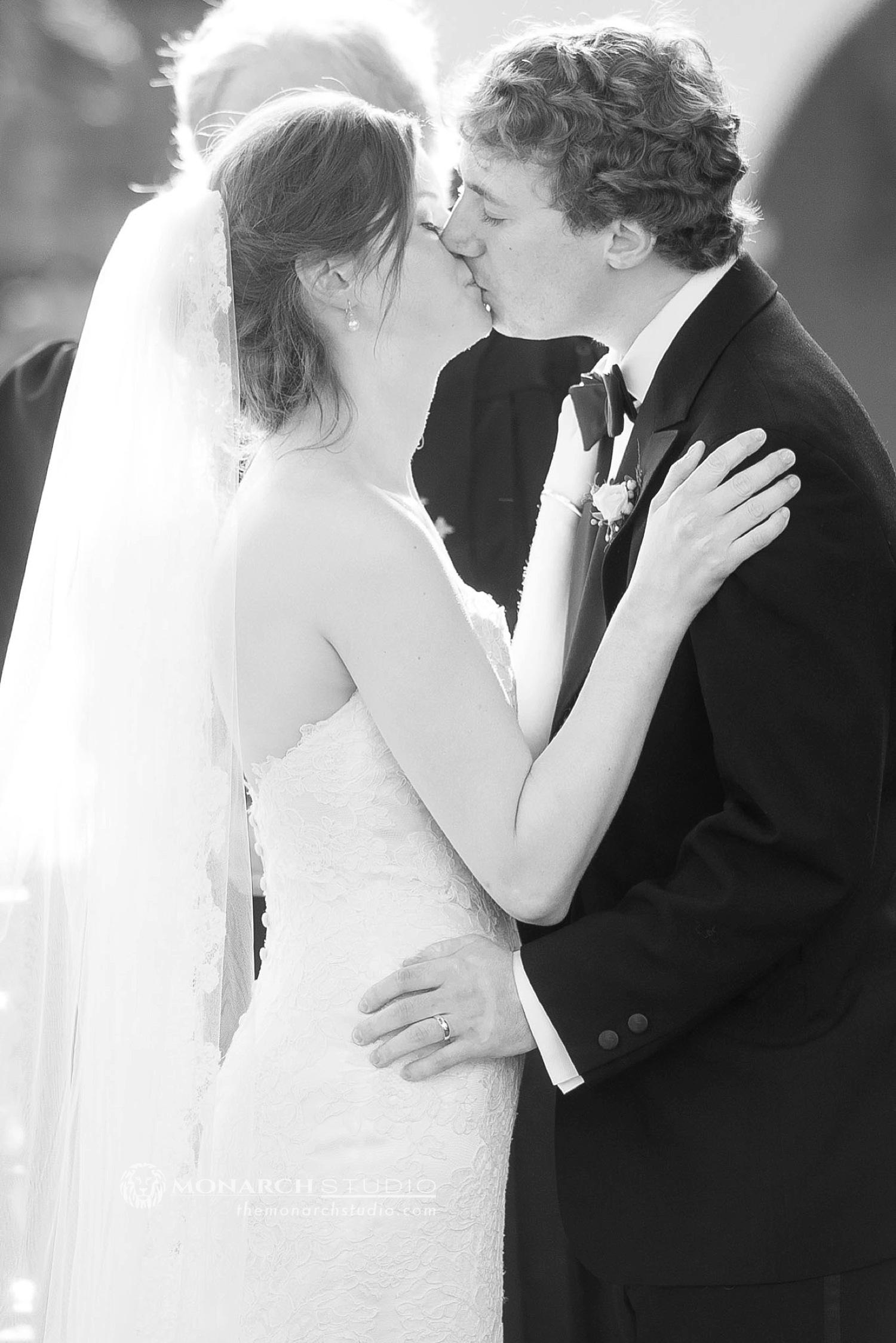 St-Augustine-Wedding-Photographer-Zach-Thomas-Riverhouse-Monarch-082.JPG