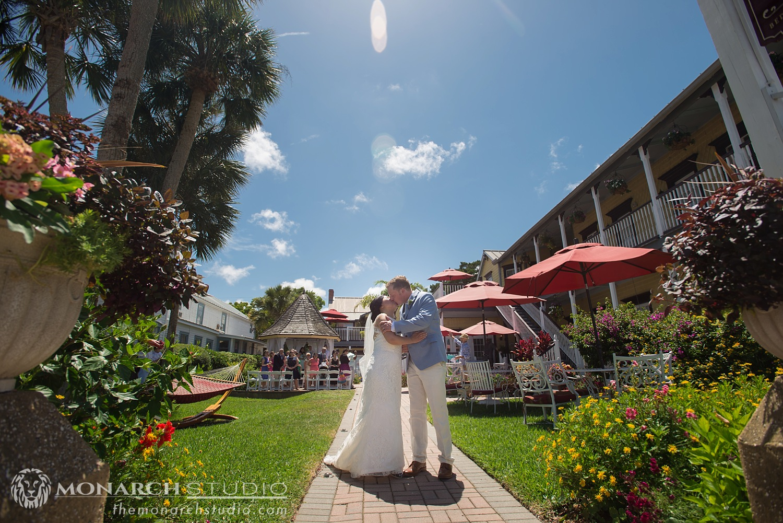 St-Augustine-Bed-and-Breakfast-Wedding-Photographer-Bayfront-Marin_0026.jpg