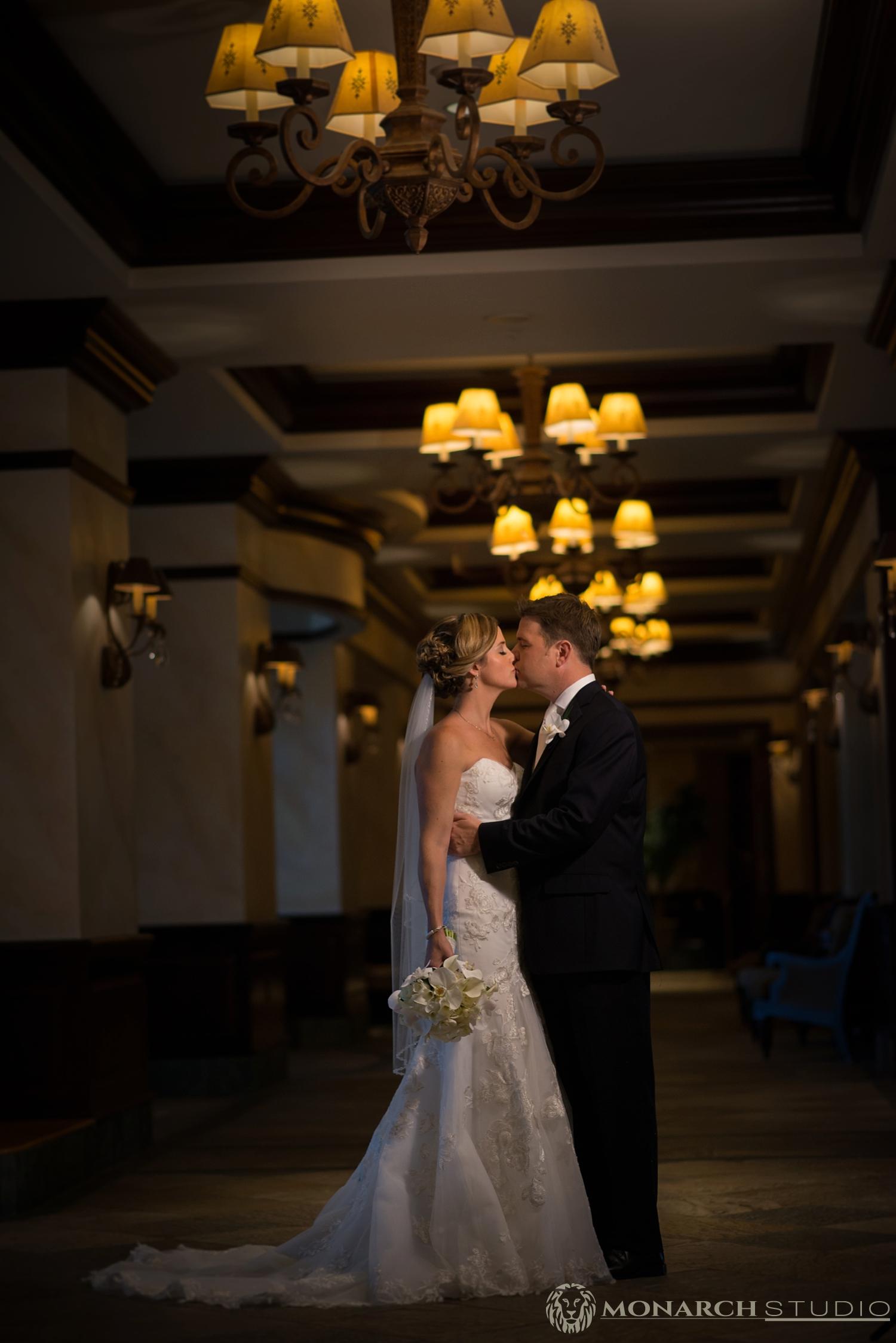 Mediterra-Country-Club-Naples-Florida-Wedding-Photographer-Photos_0032.jpg