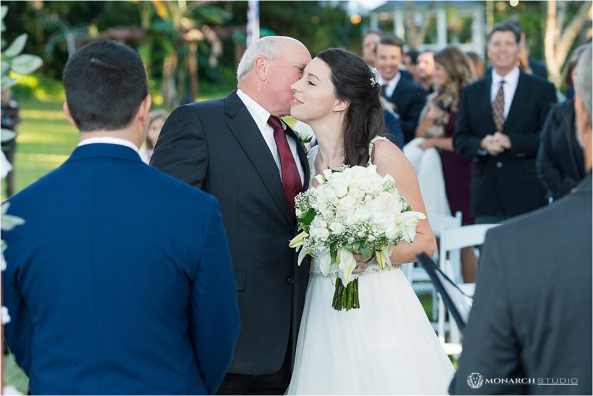 Wedding-photographer-in-sanford-florida-natural-wedding-042.jpg
