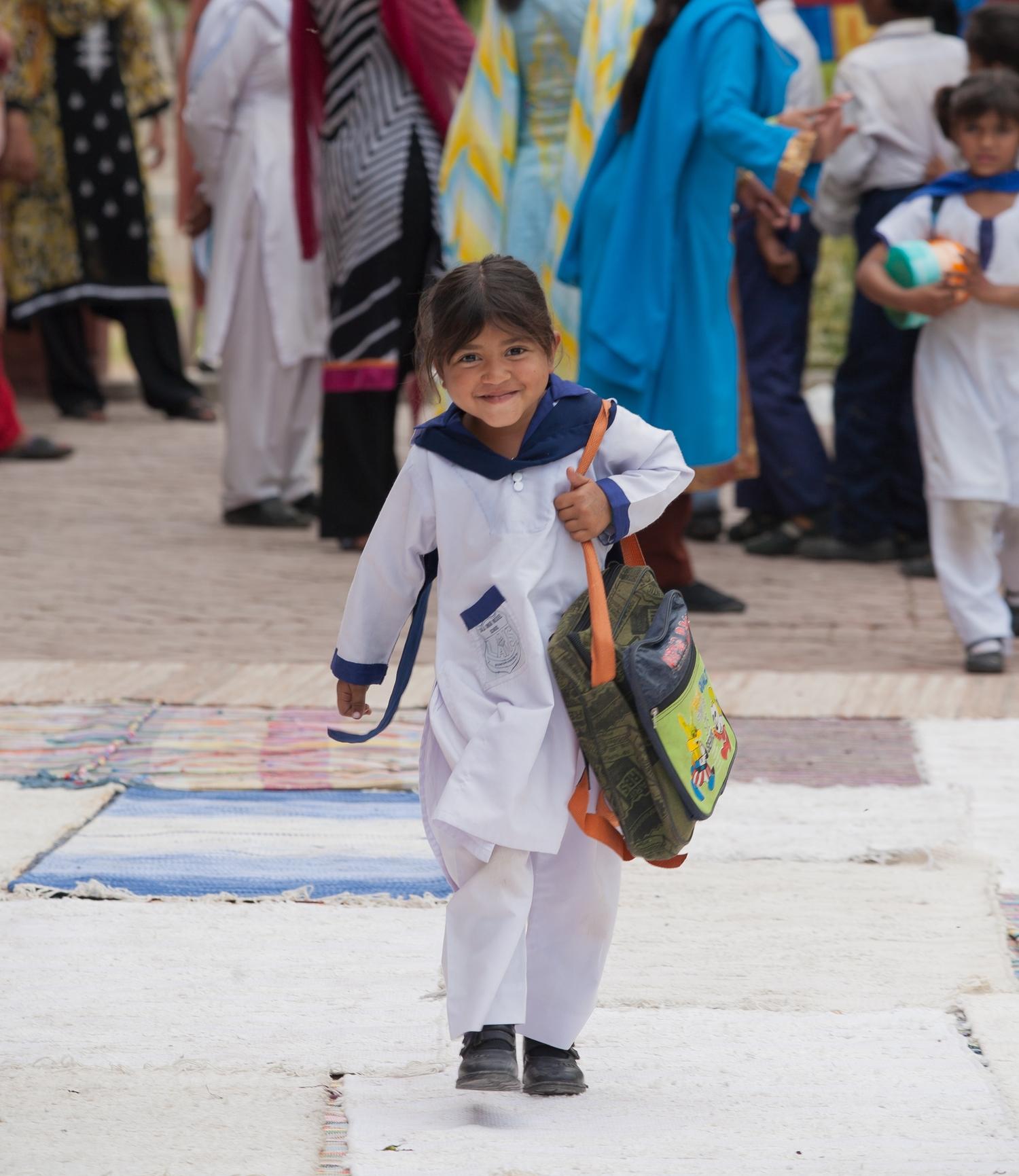 Pakistan-2 Siv Naro.jpg