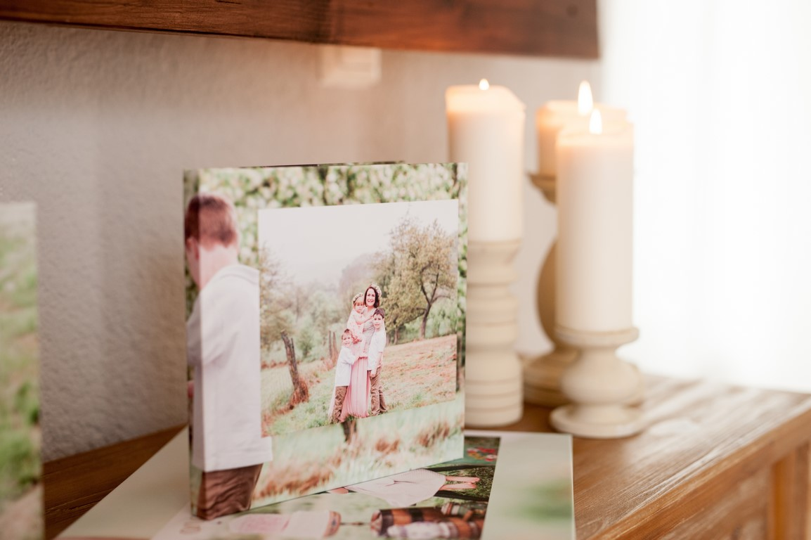 8x8 10 page Heirloom Album                         ( 10 images )                            149