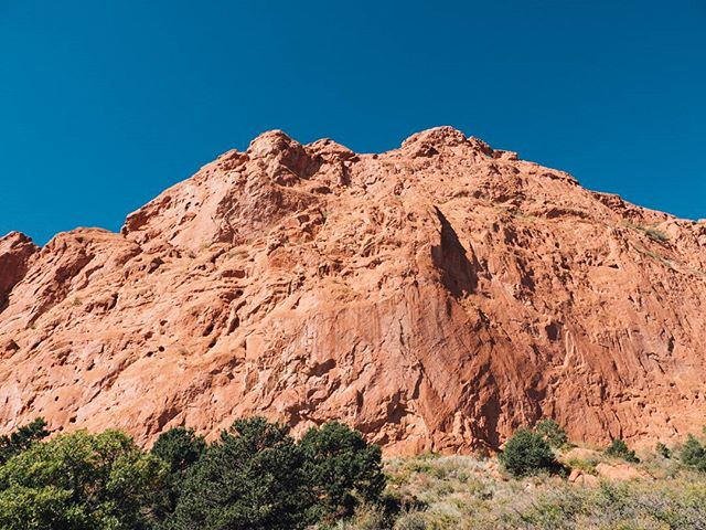 Red rocks on blue skies. 📷