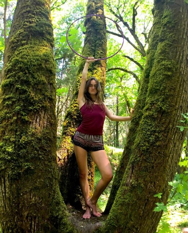 Lyora_hoop_tree.jpg