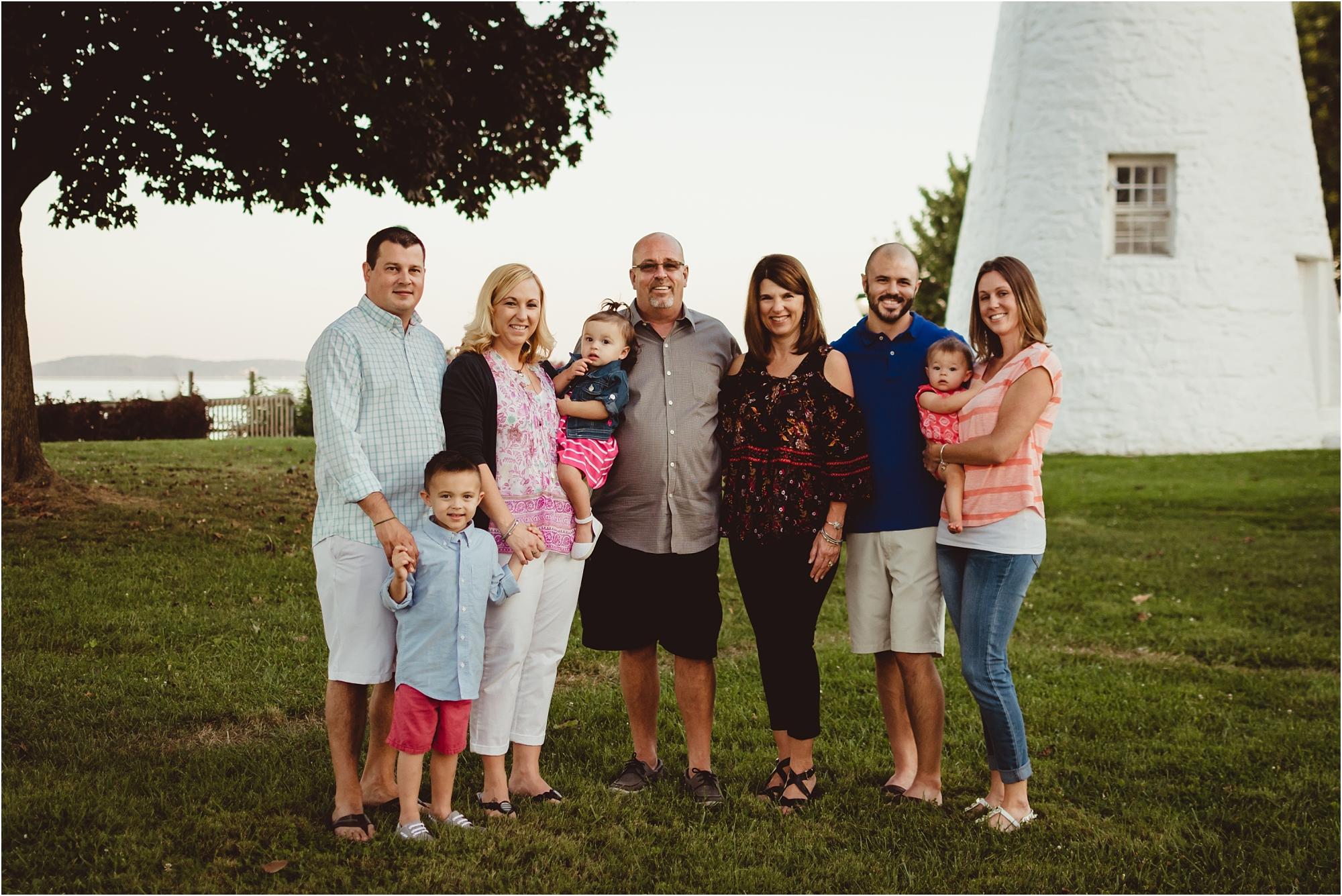 bnp-madden-family-portraits-concord-point-lighthouse.jpg