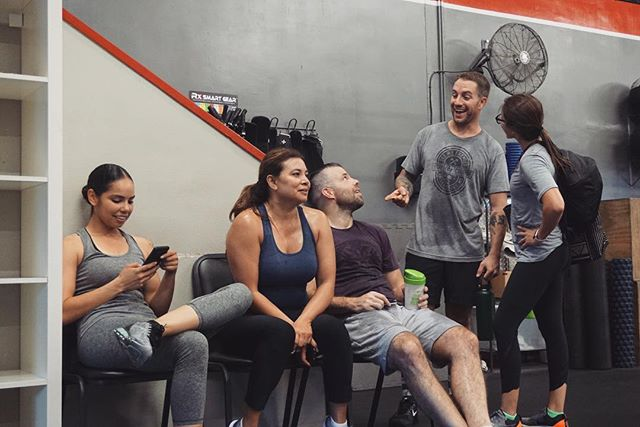Post-workout shenanigans. #candid 📸 or #fakenews 🧐 . . . #grudgefitness #gardengrove #westminster #crossfit #forthegram #ocfitness