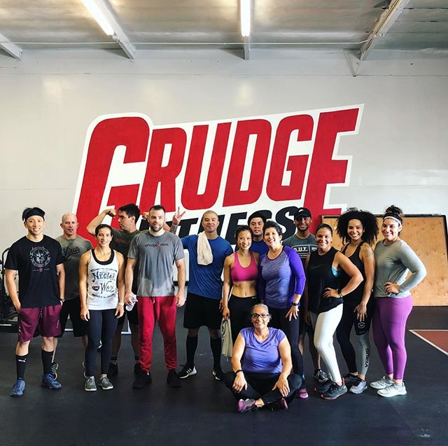 Happy Thanksgiving everyone.🕺🏻🦃 . . . #gardengrove #westminster #grudgefitness #crossfit #ocfitness #thanksgivingworkout #heroworkout #loredo