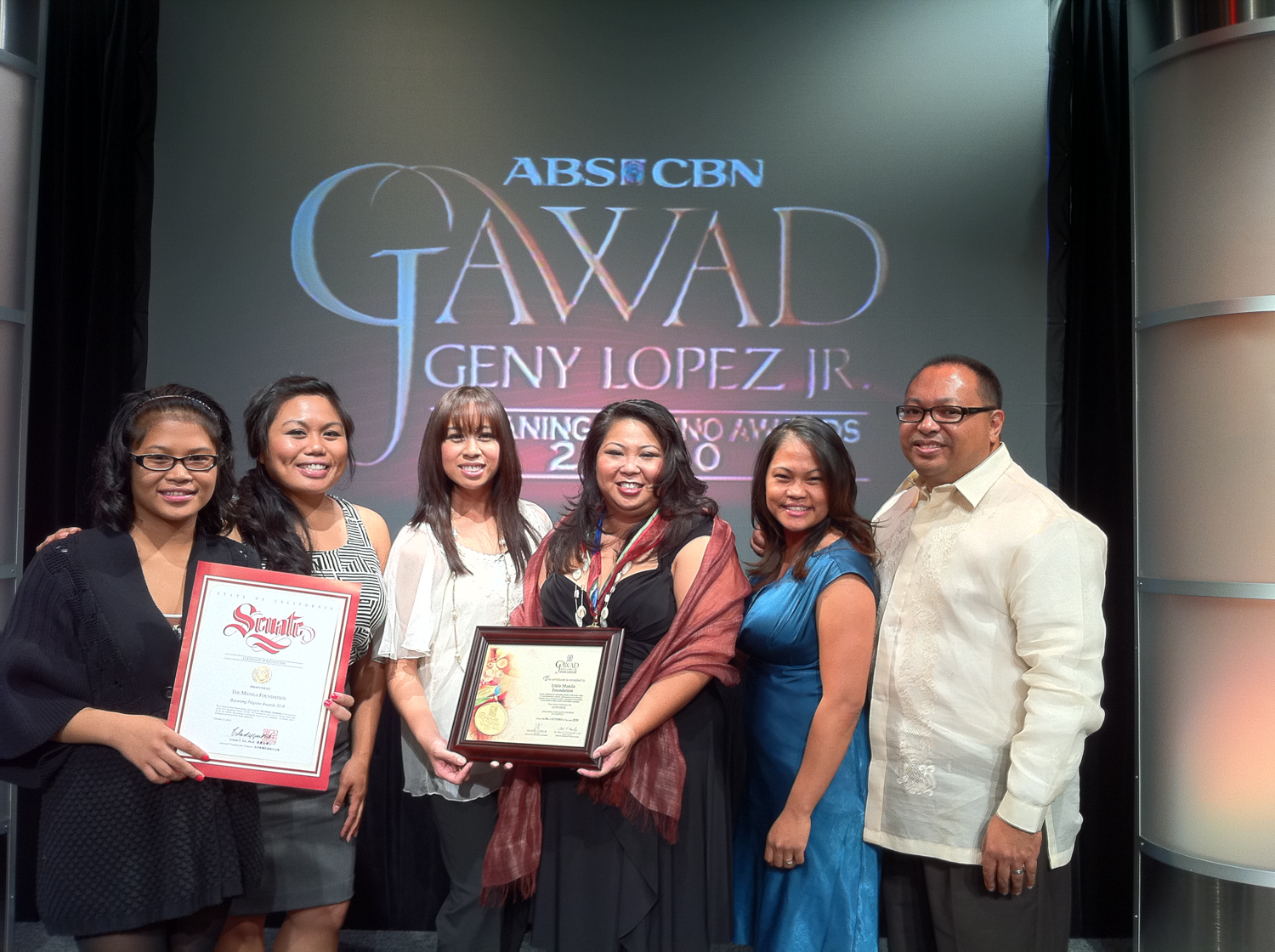 ABS-CBN honors LMF with the Geny Lopez Jr. Pilipino Heroes Award.