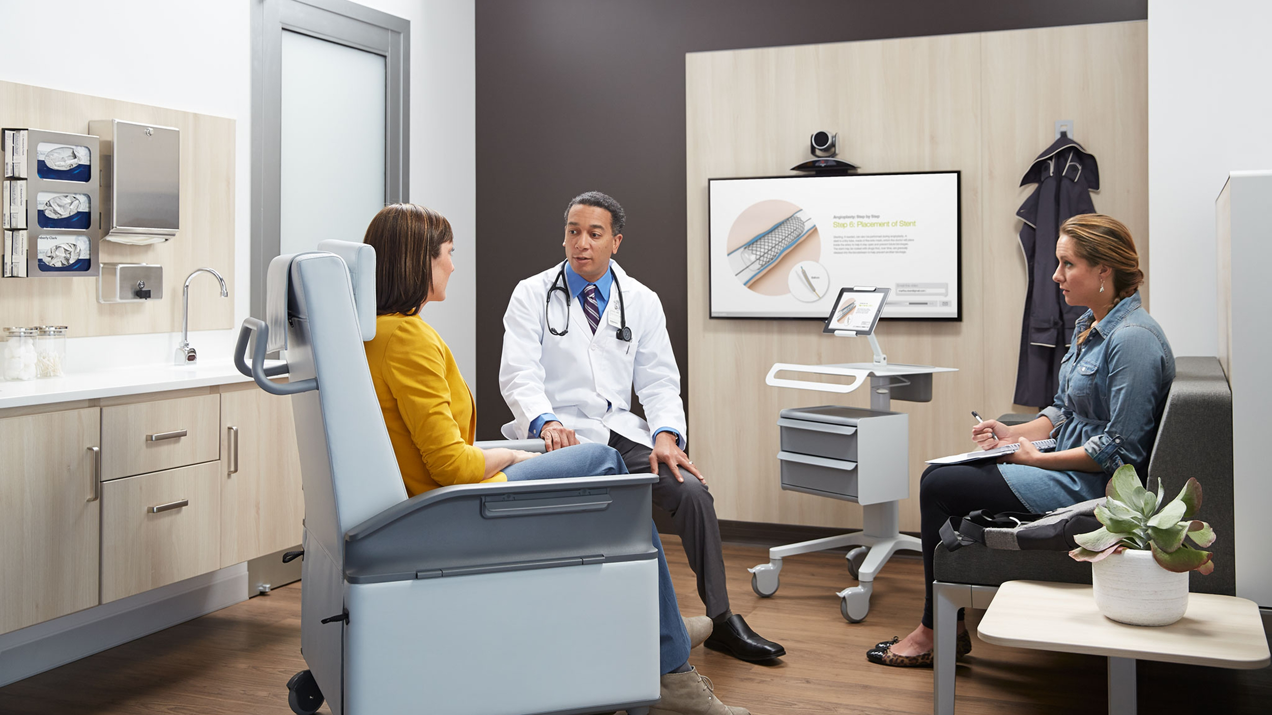 Photo Credit:   Steelcase Health at  Steelcasehealth.com .