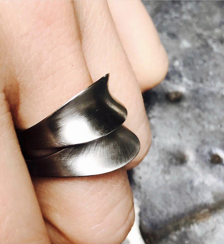 Platinum rings, Ashley Childs, 2017