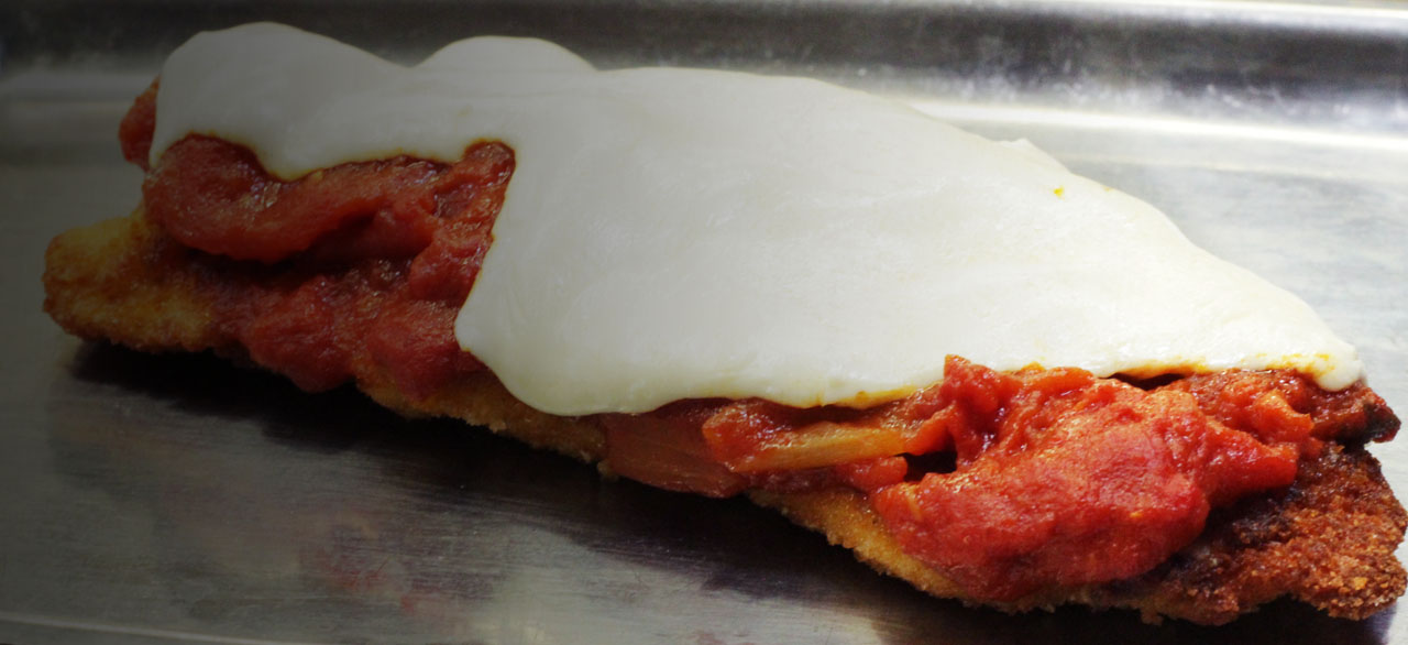 HOW TO MAKE A TRADITIONAL CHICKEN PARMESAN