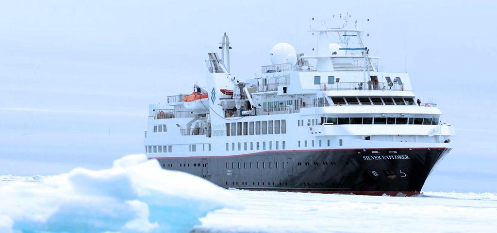 Silver Explorer in the Antarctica Peninsula
