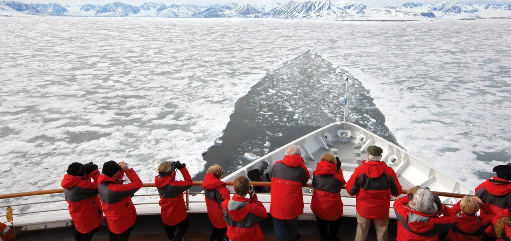 Vantage Point  on Silver Explorer on the Viewing-deck