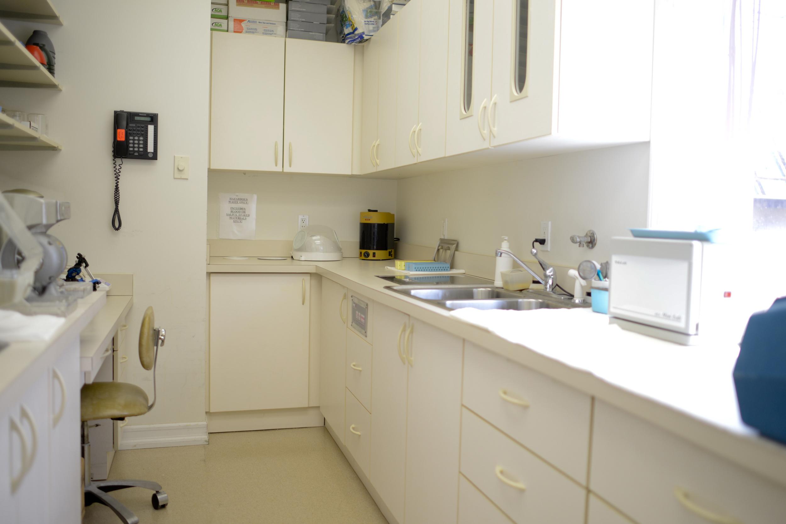dr-matlach-lab.jpg