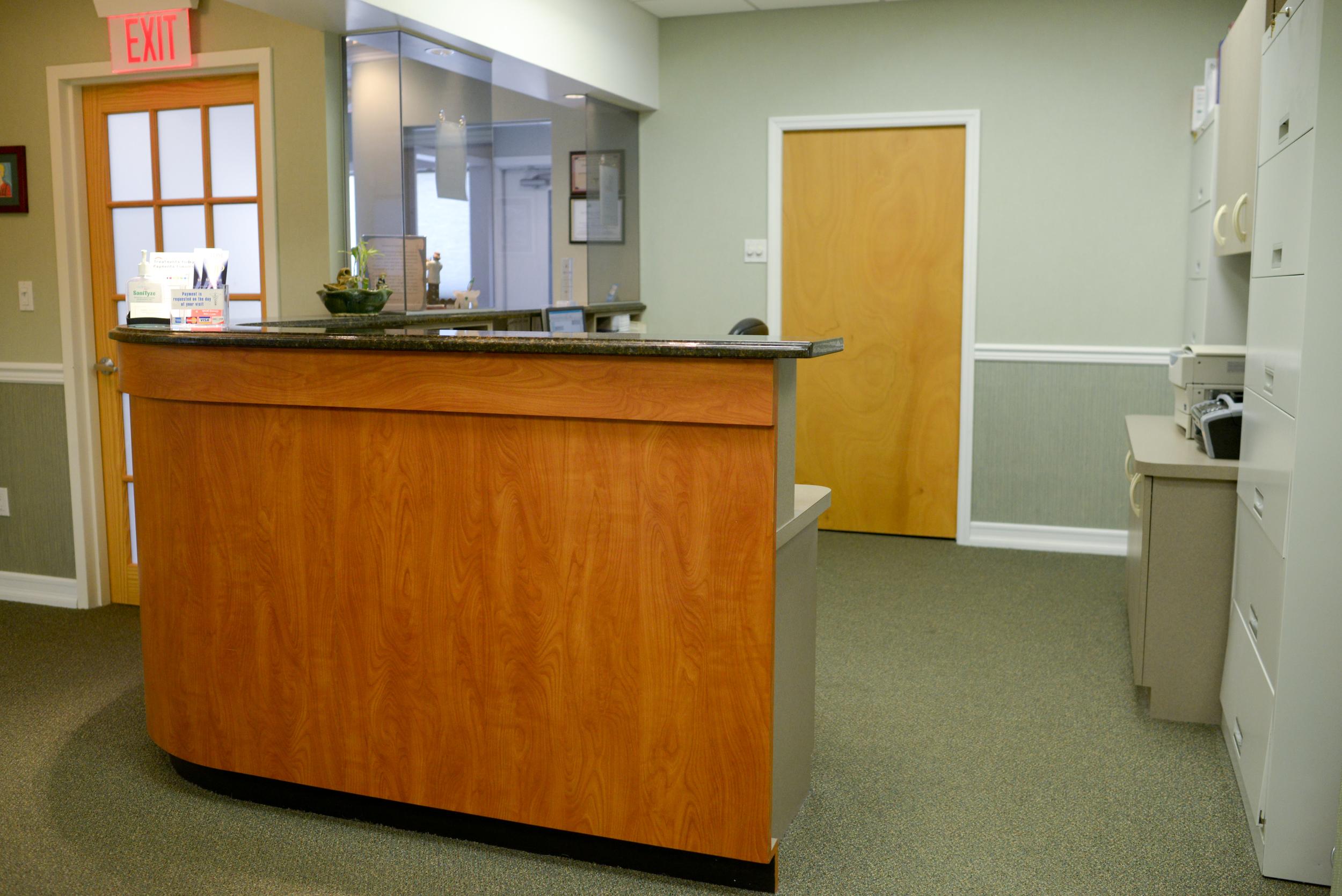 dr-matlach-front-desk.jpg