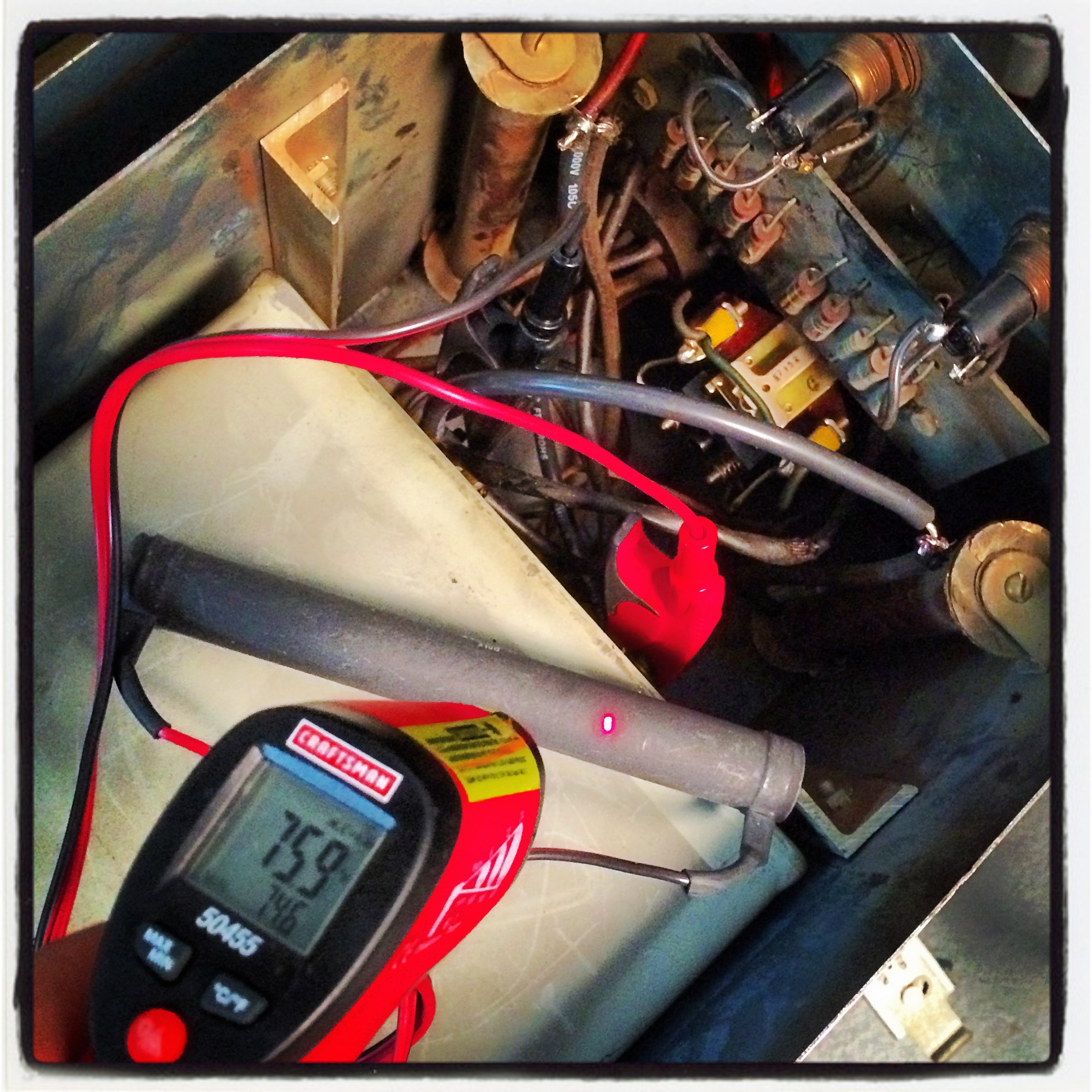 Monitoring resistor temperature during capacitor discharge.