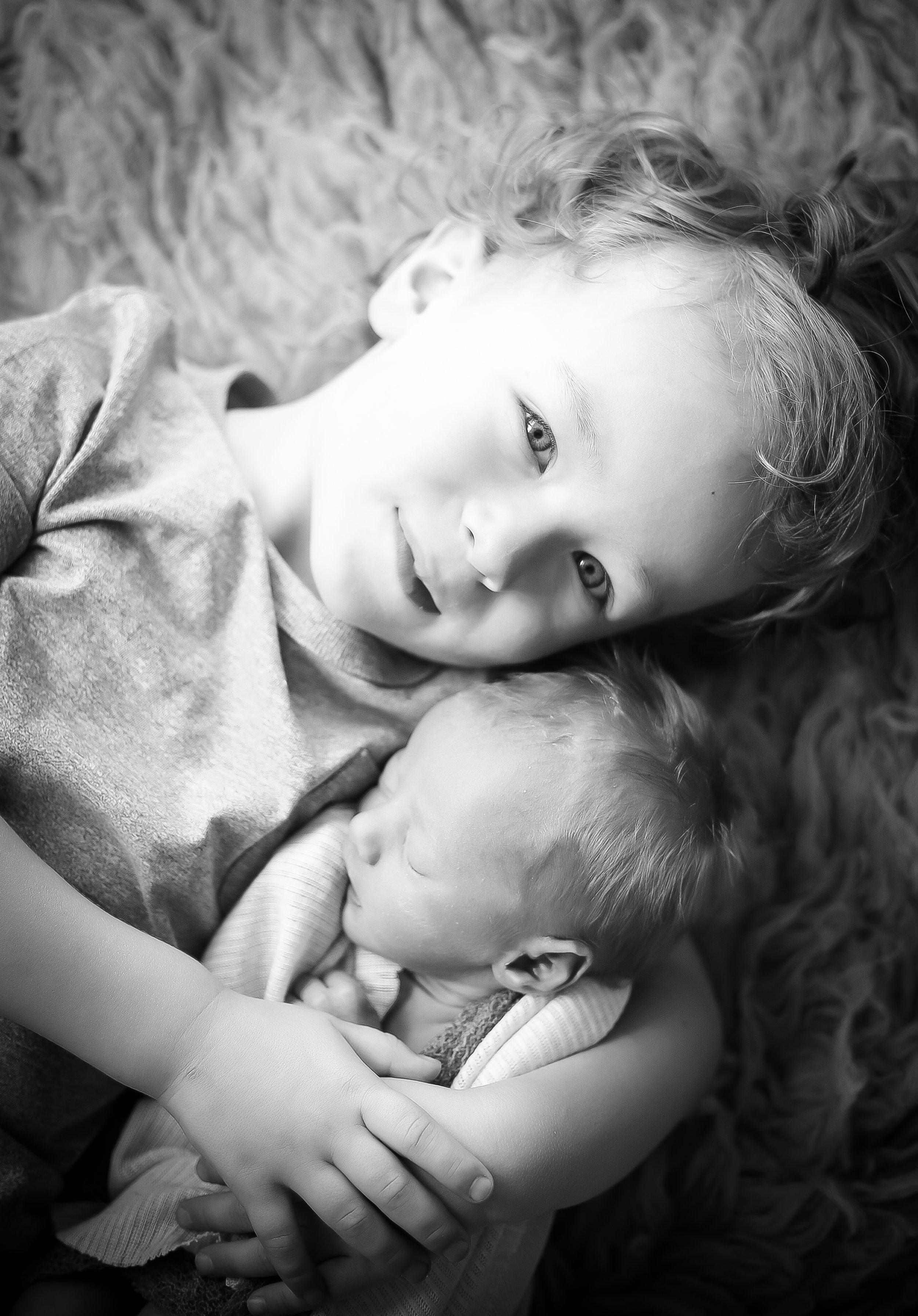 Newborn Photographer Cheshire - Siblings