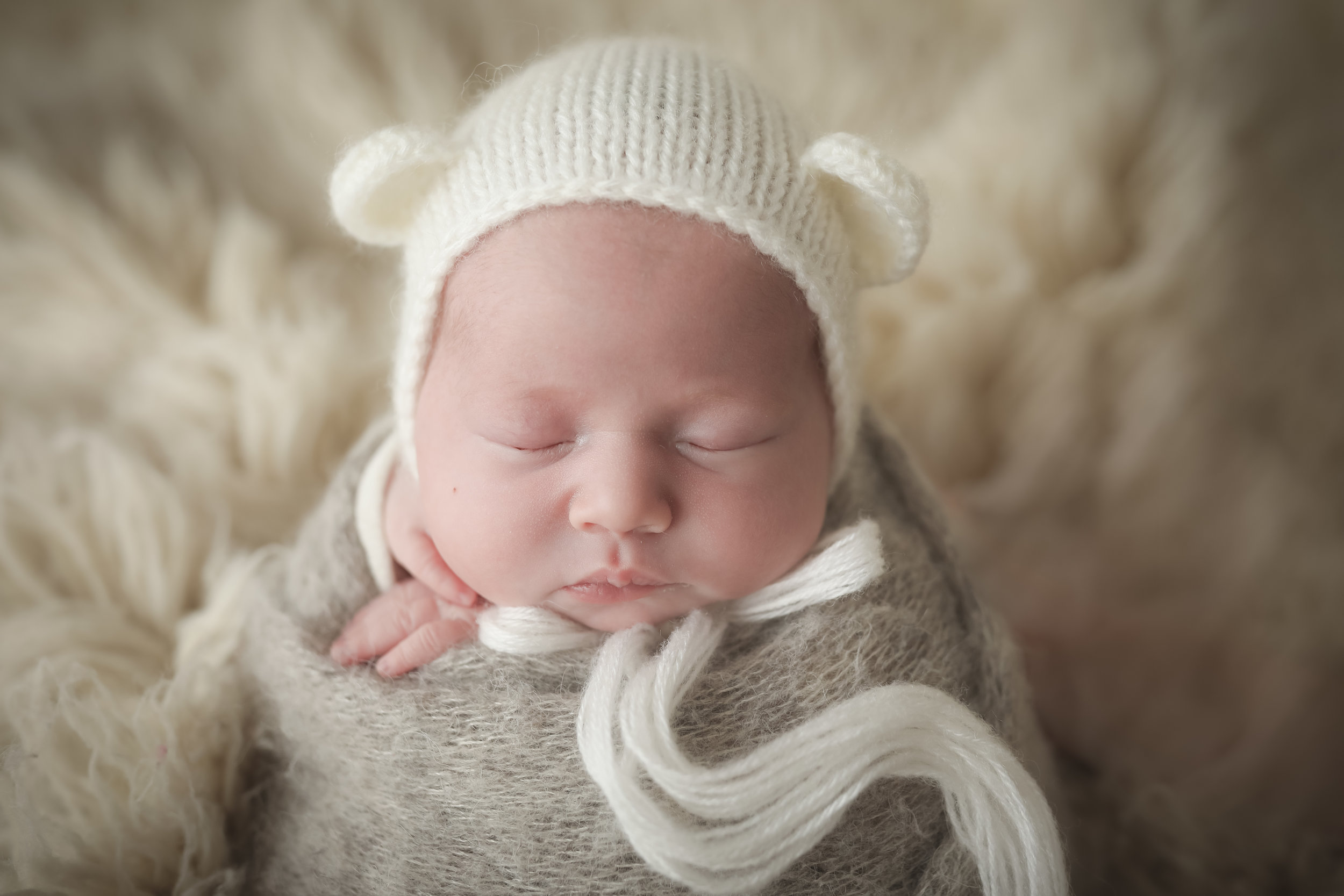 Newborn-photos-liverpool