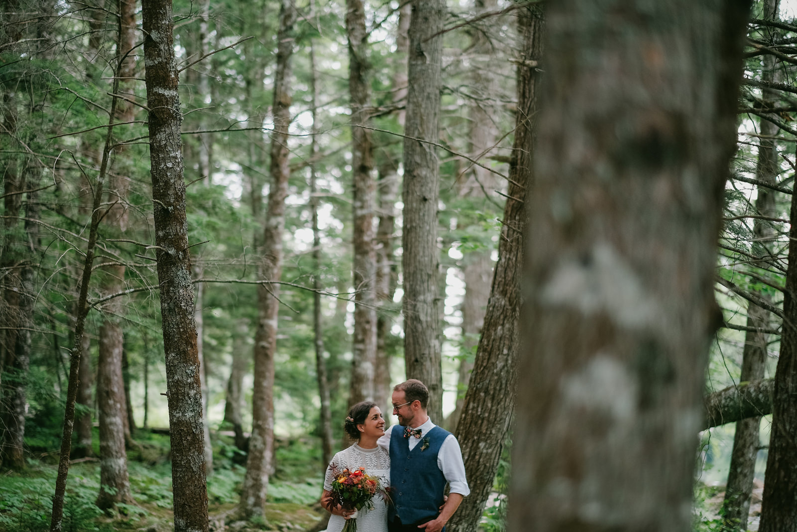 mersey river chalet wedding
