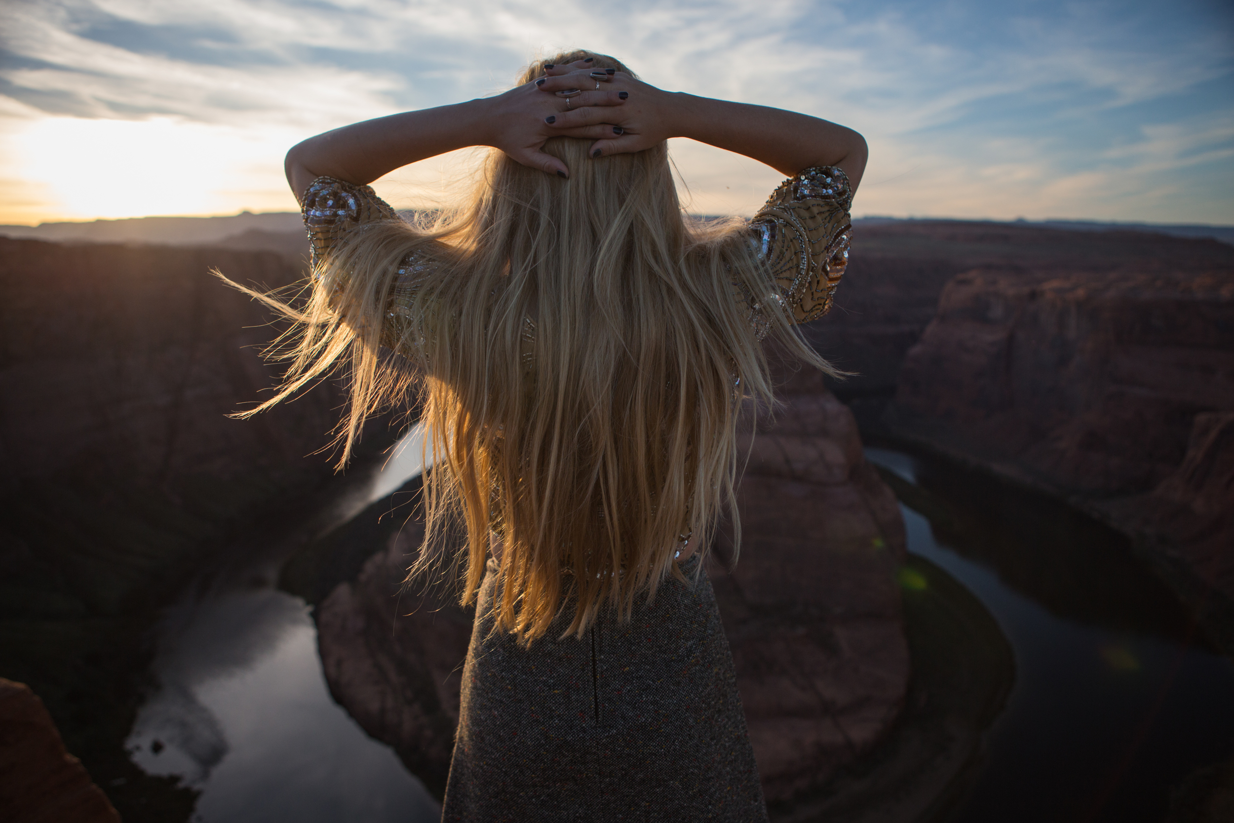 AstroBandit_JordanRose_HorseshoeBend_Cheers_Sunset_Arizona_Wanderlust_Travel_2.jpg