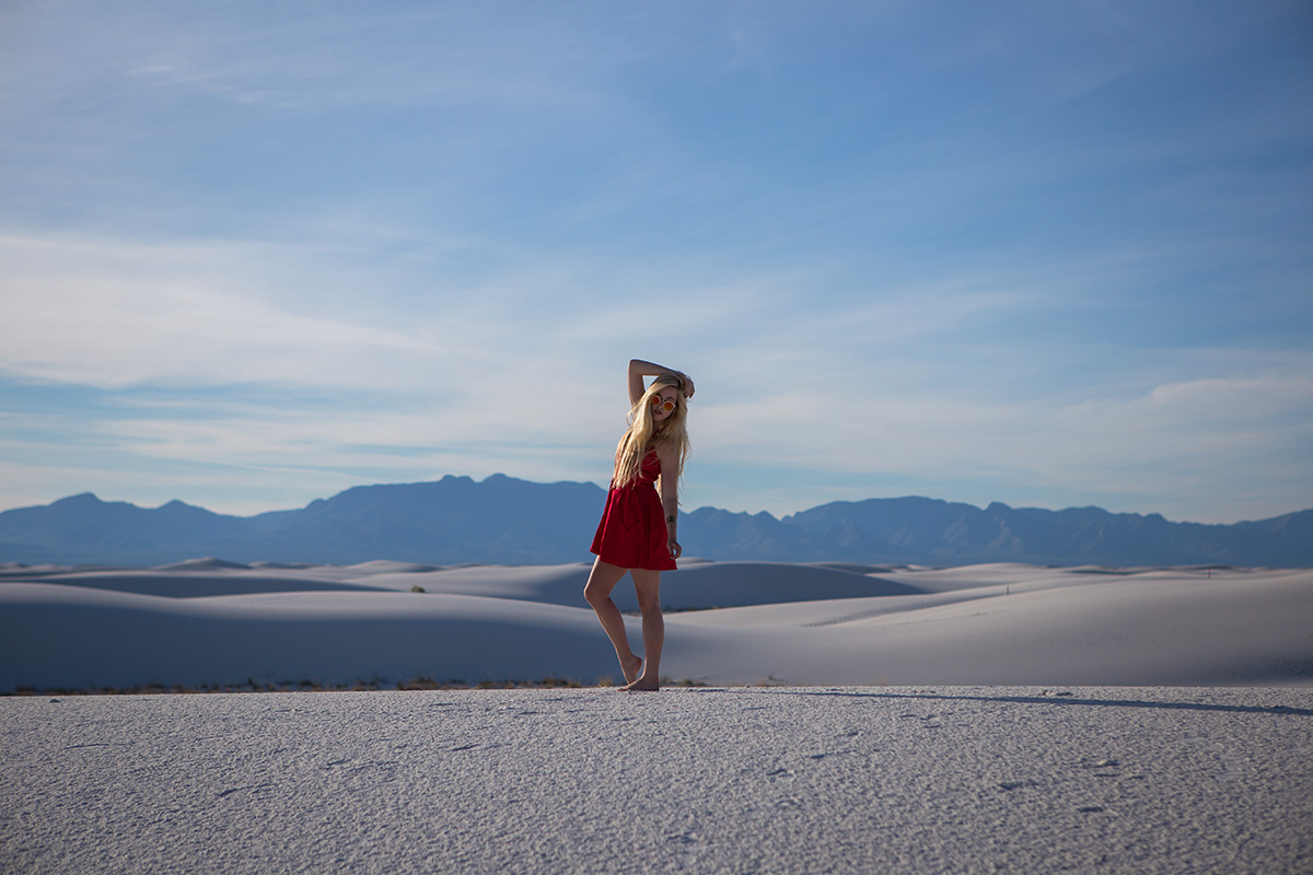 AstroBandit_JordanRose_WhiteSands_RedDress_Fashion_2.jpg