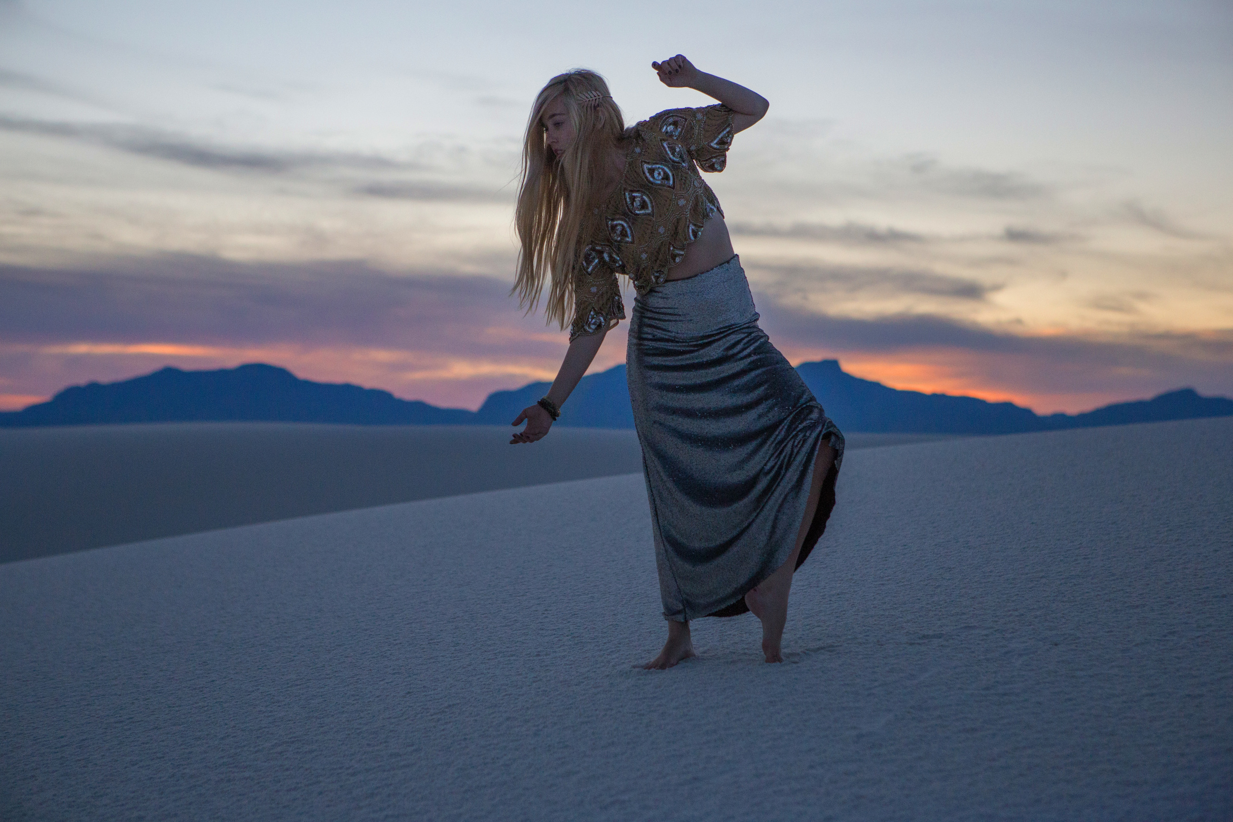 AstroBandit_JordanRose_WhiteSands_Sunset_Sequins_Dancing_Dancer_Fashion_7.jpg
