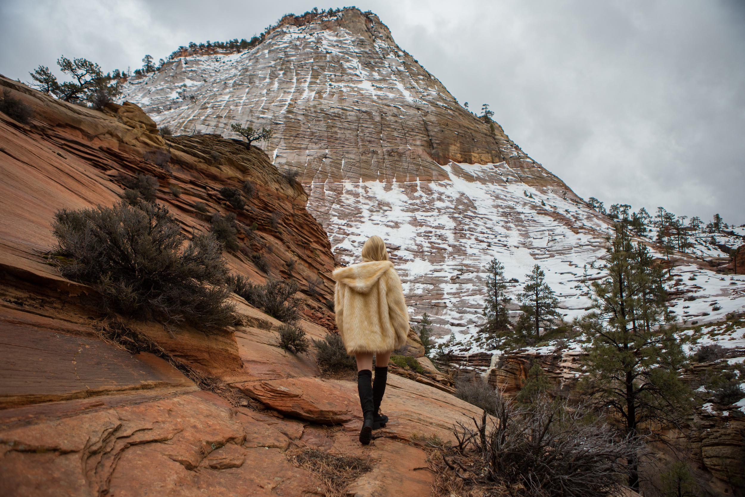 AstroBandit_JordanRose_Zion_WinterInZion_Snow_Fashion_NationalPark_2.jpg