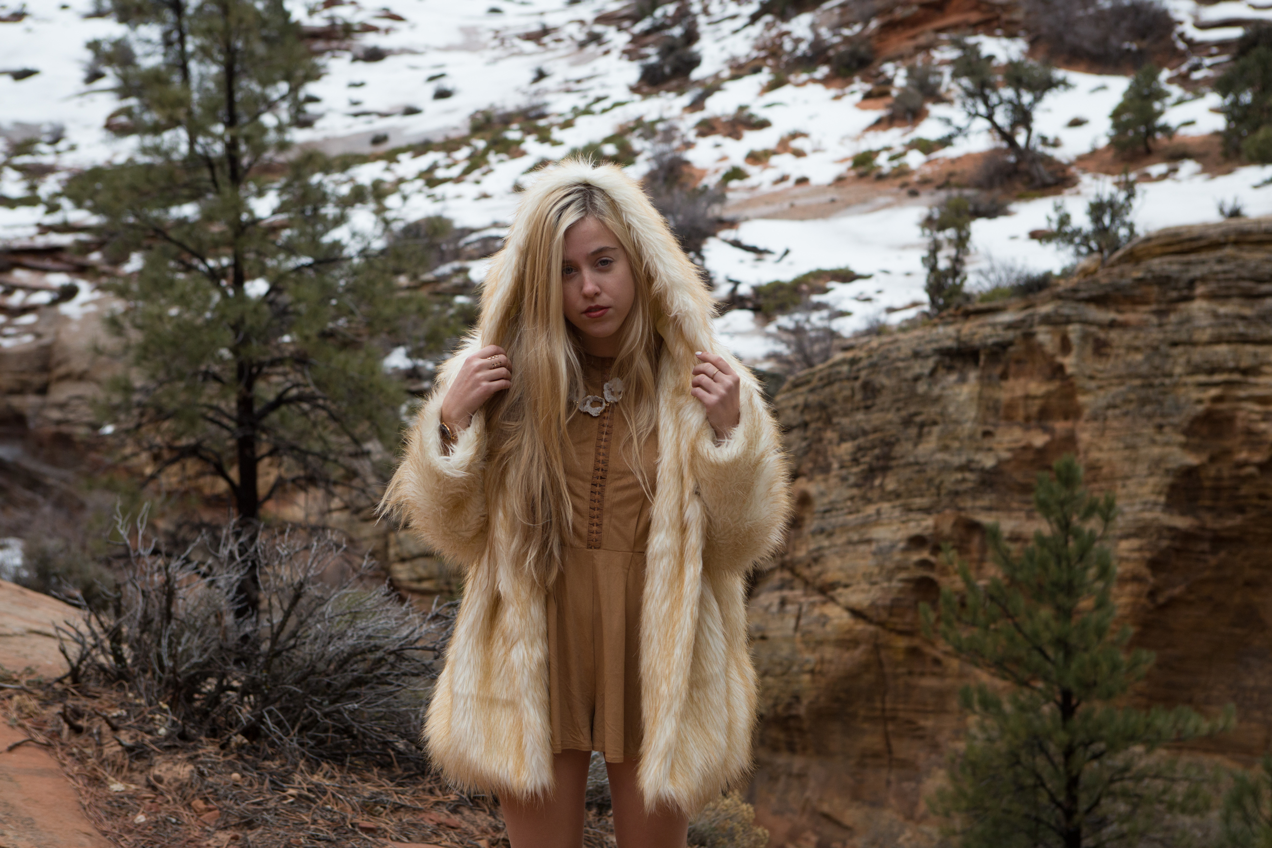 AstroBandit_JordanRose_Zion_WinterInZion_Snow_Fashion_NationalPark_4.jpg