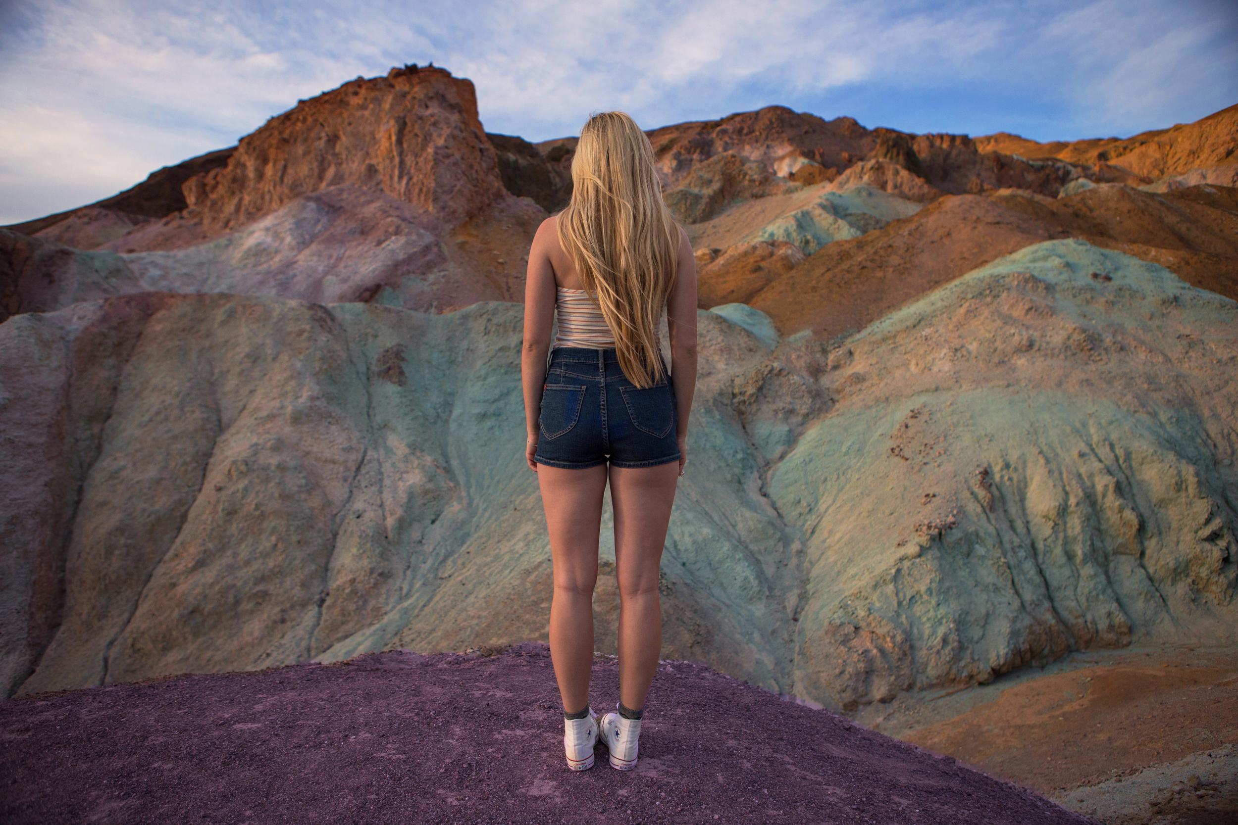 AstroBandit_JordanRose_ColorfulSurroundings_ArtistsPalette_DeathValley_UrbanOutfitters_6.jpg