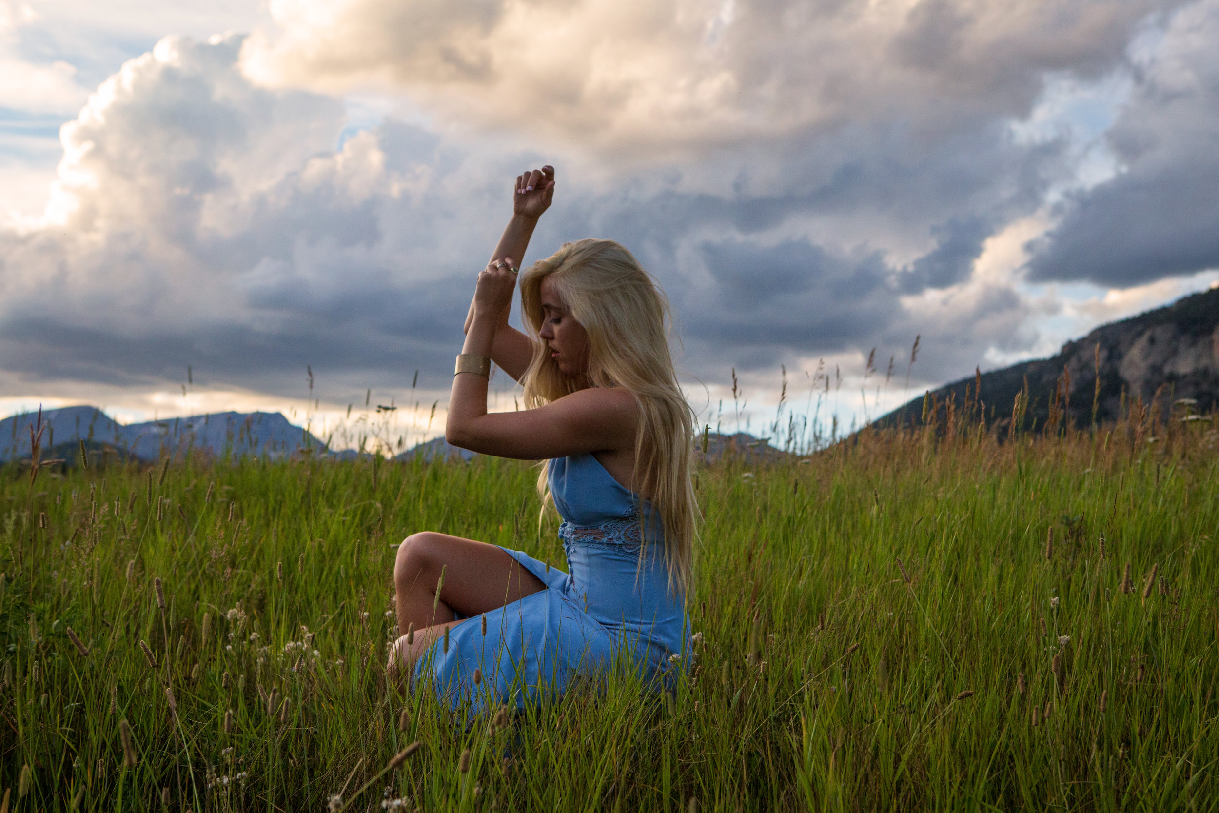 AstroBandit_Rocky_Mountain_National_Park_Sunset_BlueDress_4.jpg