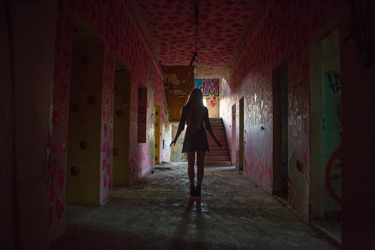 AstroBandit_Berlin_Abandoned_Childrens_Hospital_Zombie_Weissensee_ForLoveandLemons_10.jpg