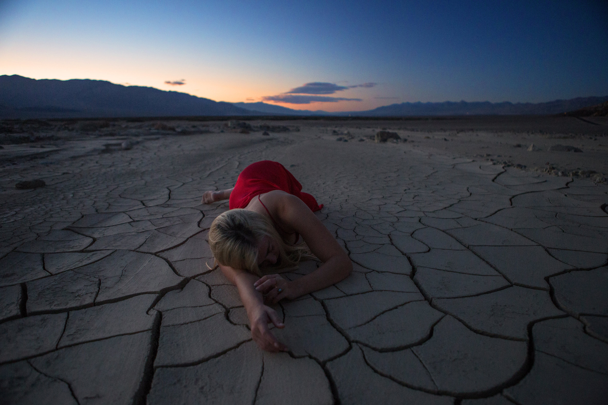 AstroBandit_JordanRose_DeathValley_MudCracks__RedSilk_Sunset_Dancing_5.jpg