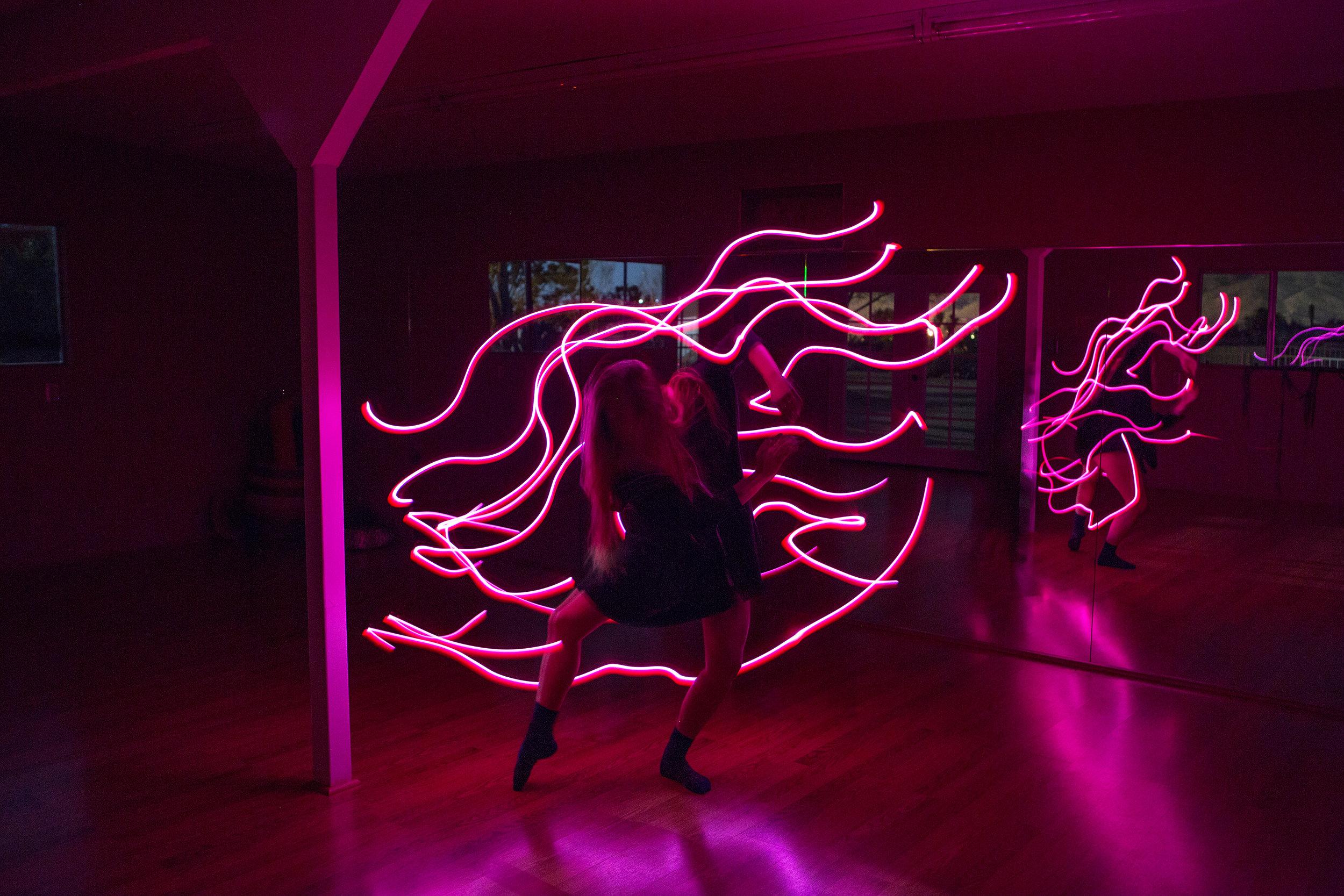 AstroBandit_JordanRose_CactusMoonRetreat_JoshuaTree_LightPainting_Dancing_1.jpg
