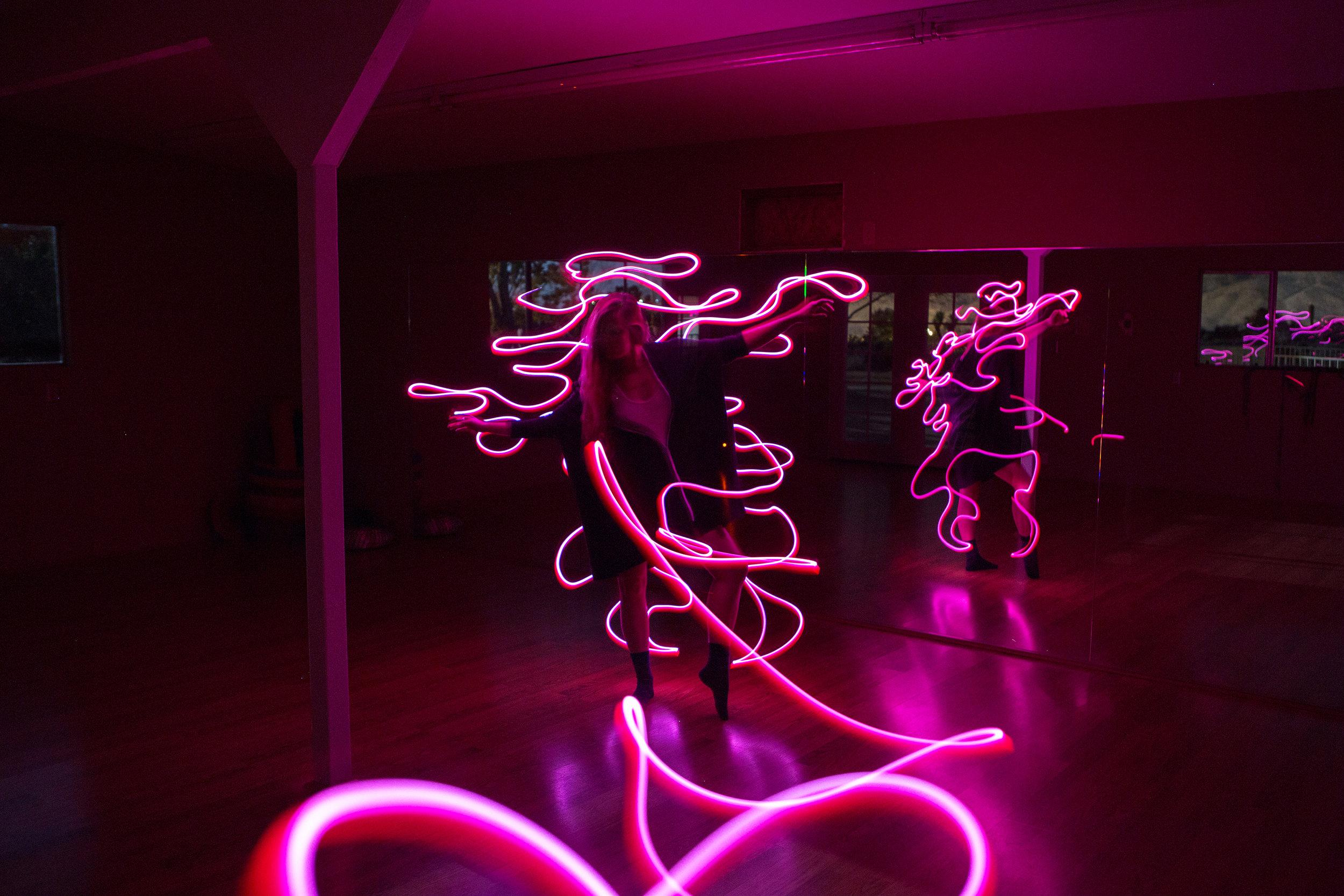 AstroBandit_JordanRose_CactusMoonRetreat_JoshuaTree_LightPainting_Dancing_2.jpg