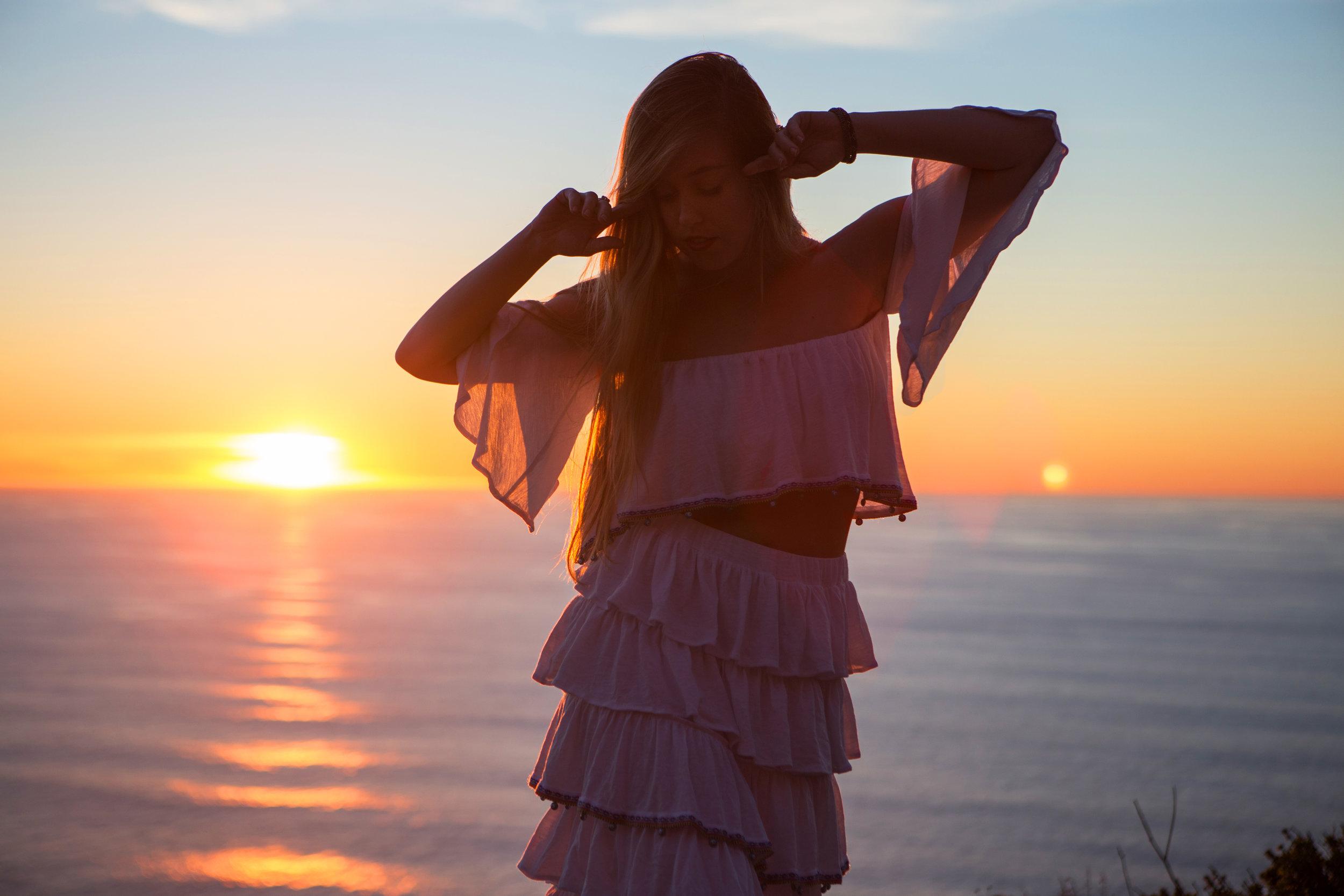 JordanRose_AstroBandit_Pitusa_BigSur_Sunset_WhiteRuffles_4.jpg