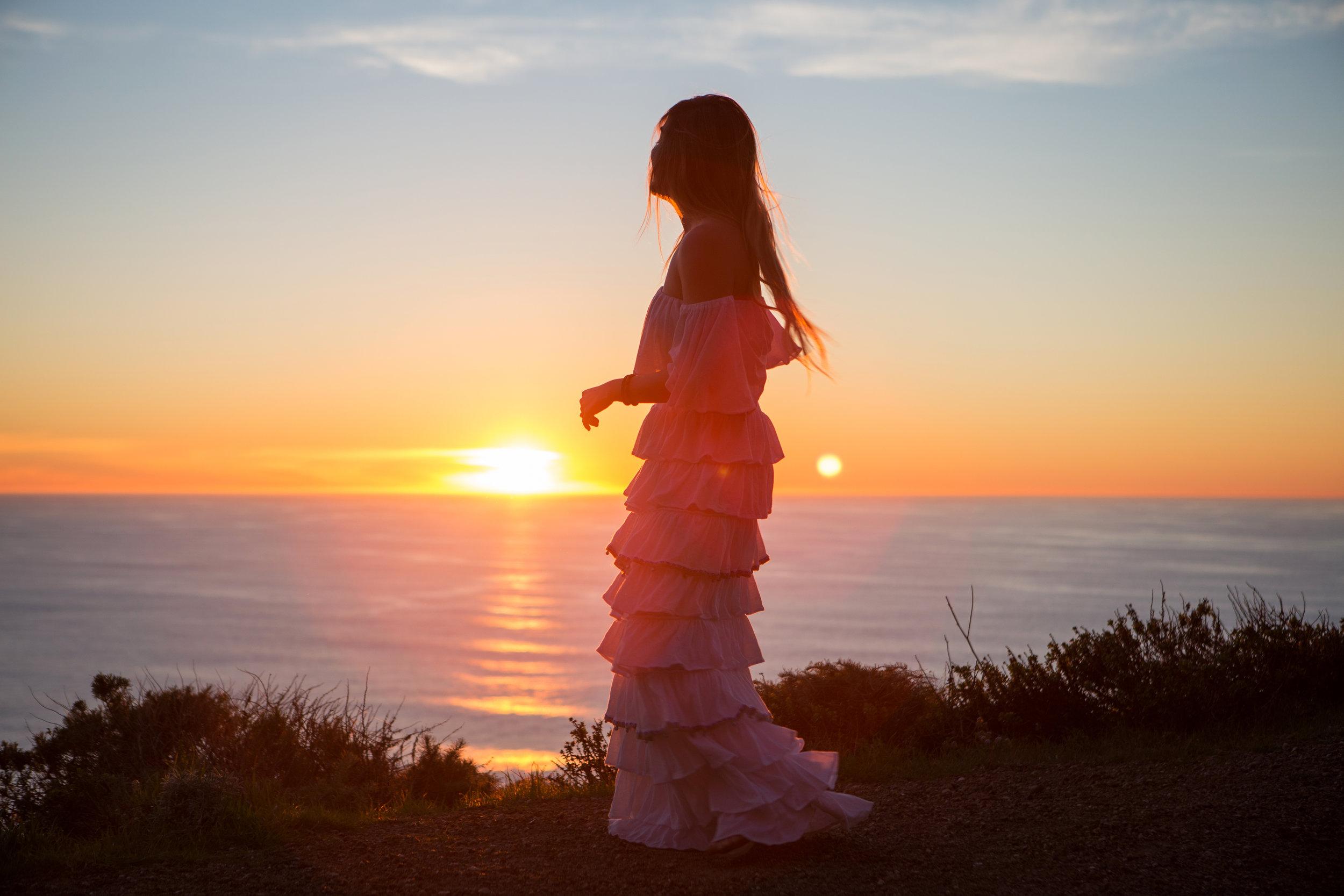 JordanRose_AstroBandit_Pitusa_BigSur_Sunset_WhiteRuffles_10.jpg