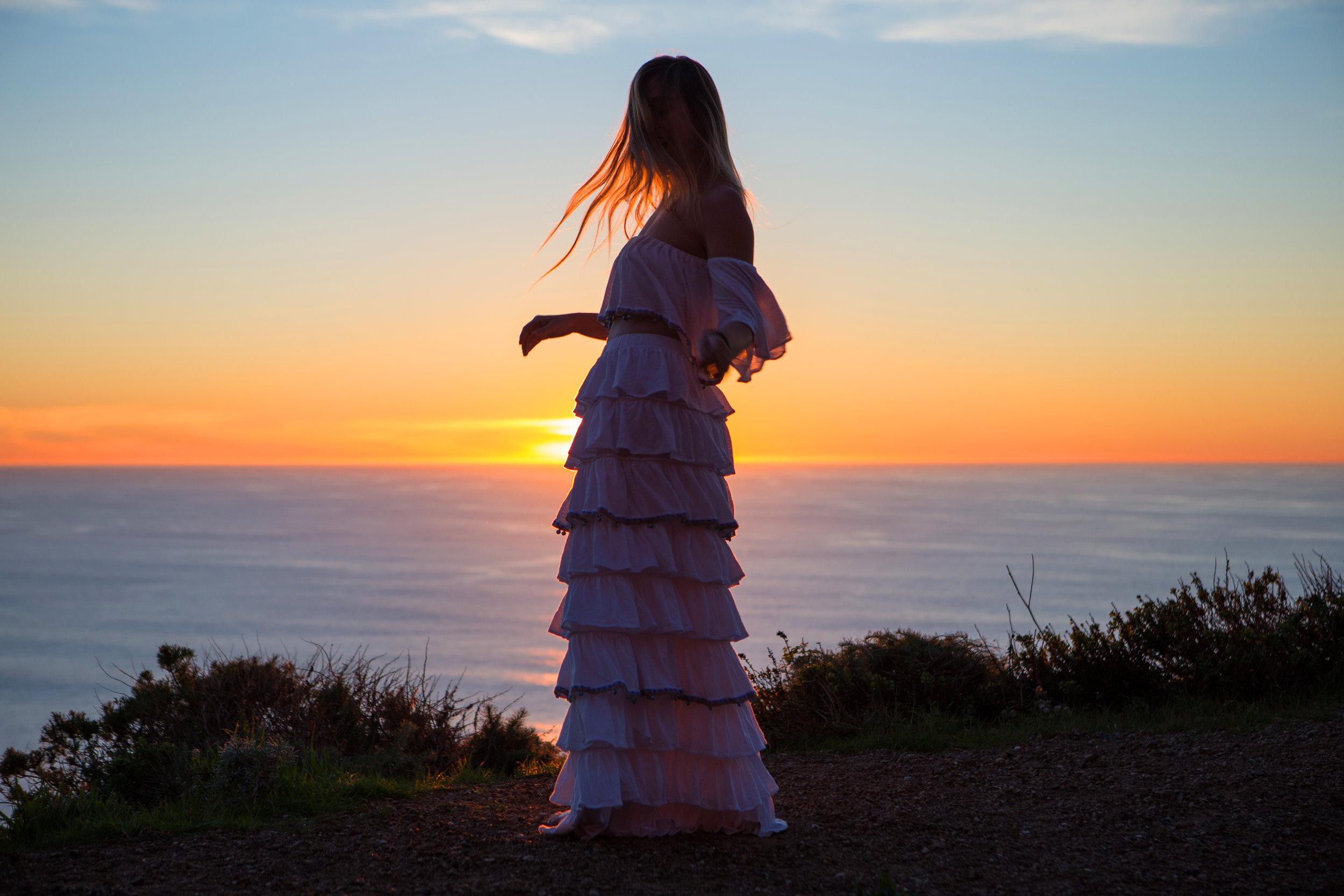 JordanRose_AstroBandit_Pitusa_BigSur_Sunset_WhiteRuffles_11.jpg