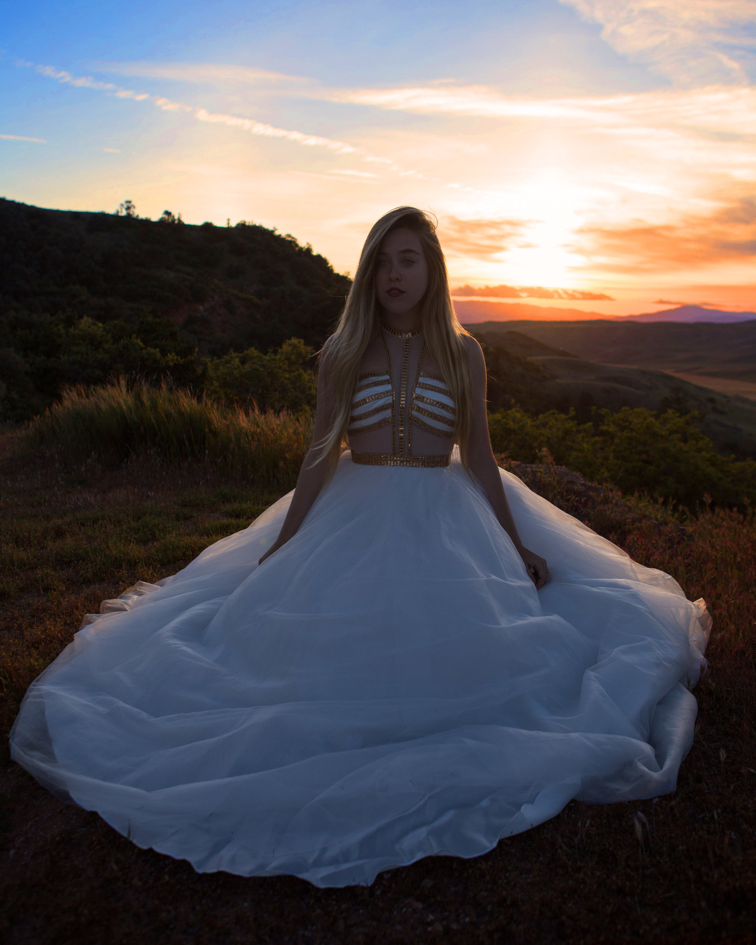 AstroBandit_MadisonJames_WhiteDress_LosPadresNationalForest_2.jpg