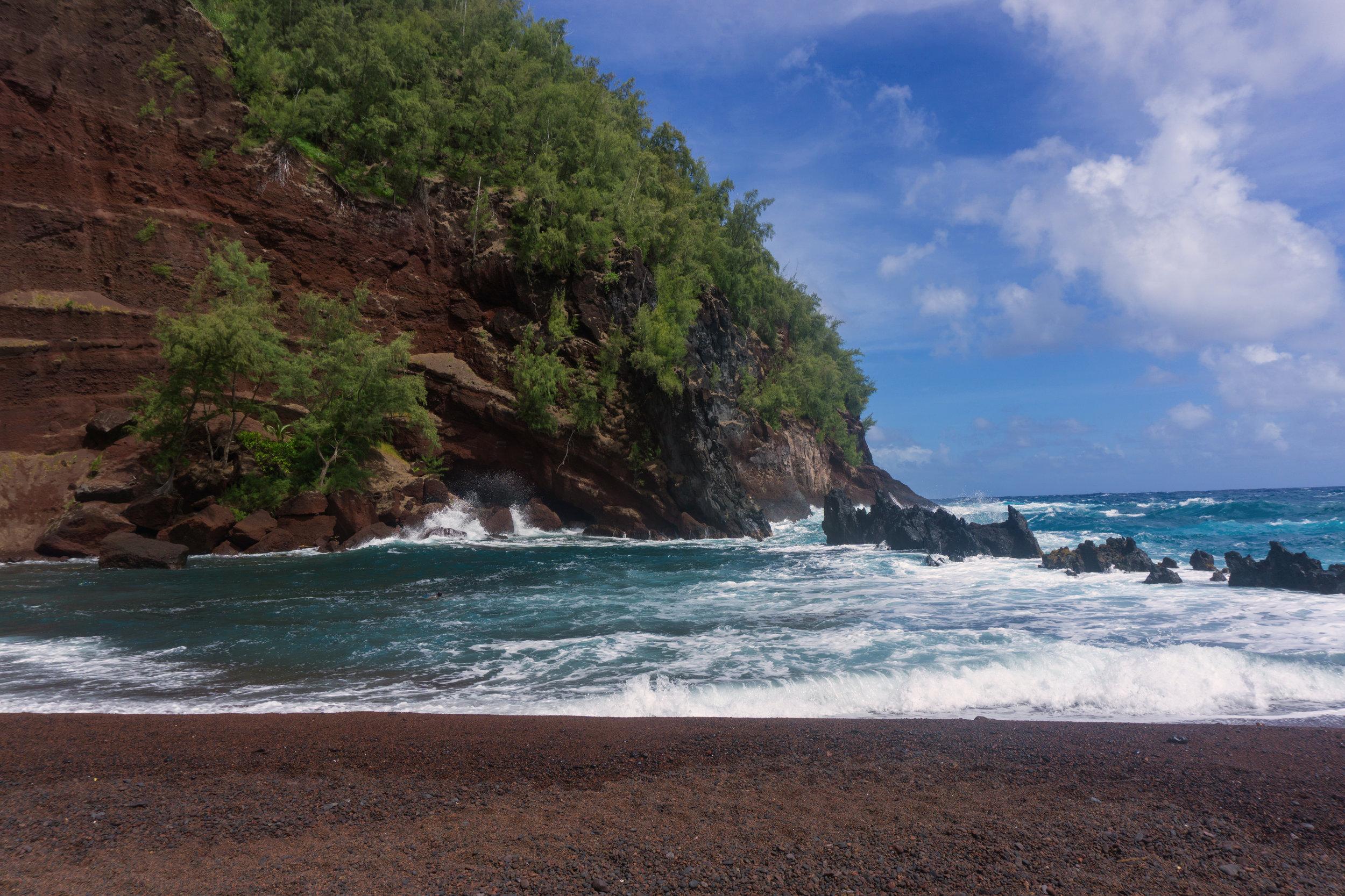 AstroBandit_Maui_Hawaii_JordanRose_Hana_RedSandBeach_22.jpg