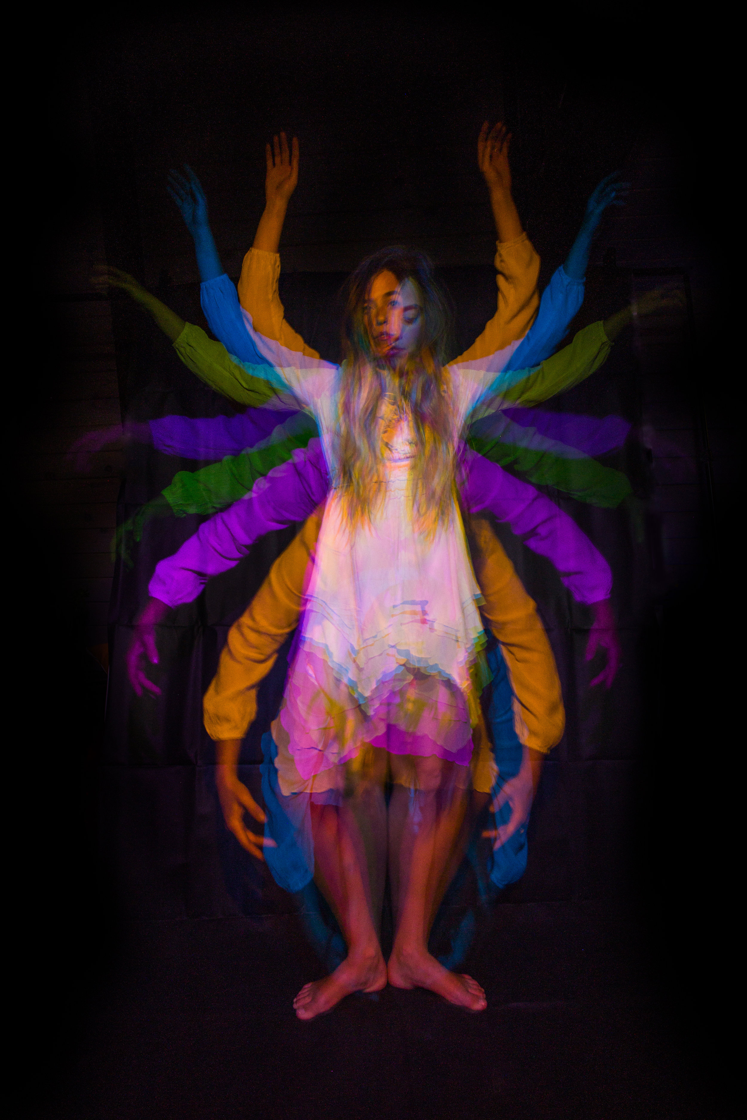JordanRose_DarrenPearson_AstroBandit_DariusTwin_lightpainting_psychedelic_dancer_1.jpg