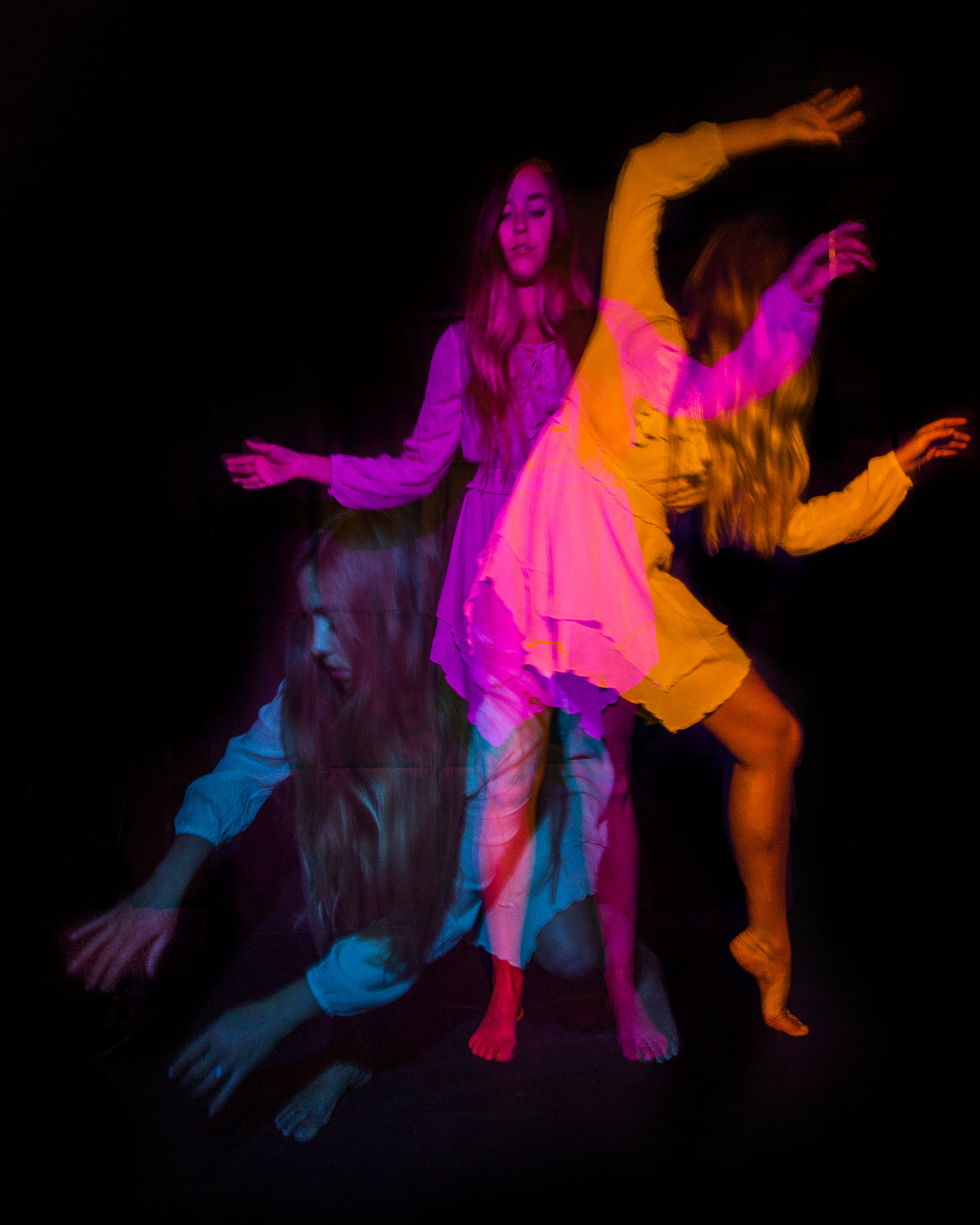 JordanRose_DarrenPearson_AstroBandit_DariusTwin_lightpainting_psychedelic_dancer_2.jpg