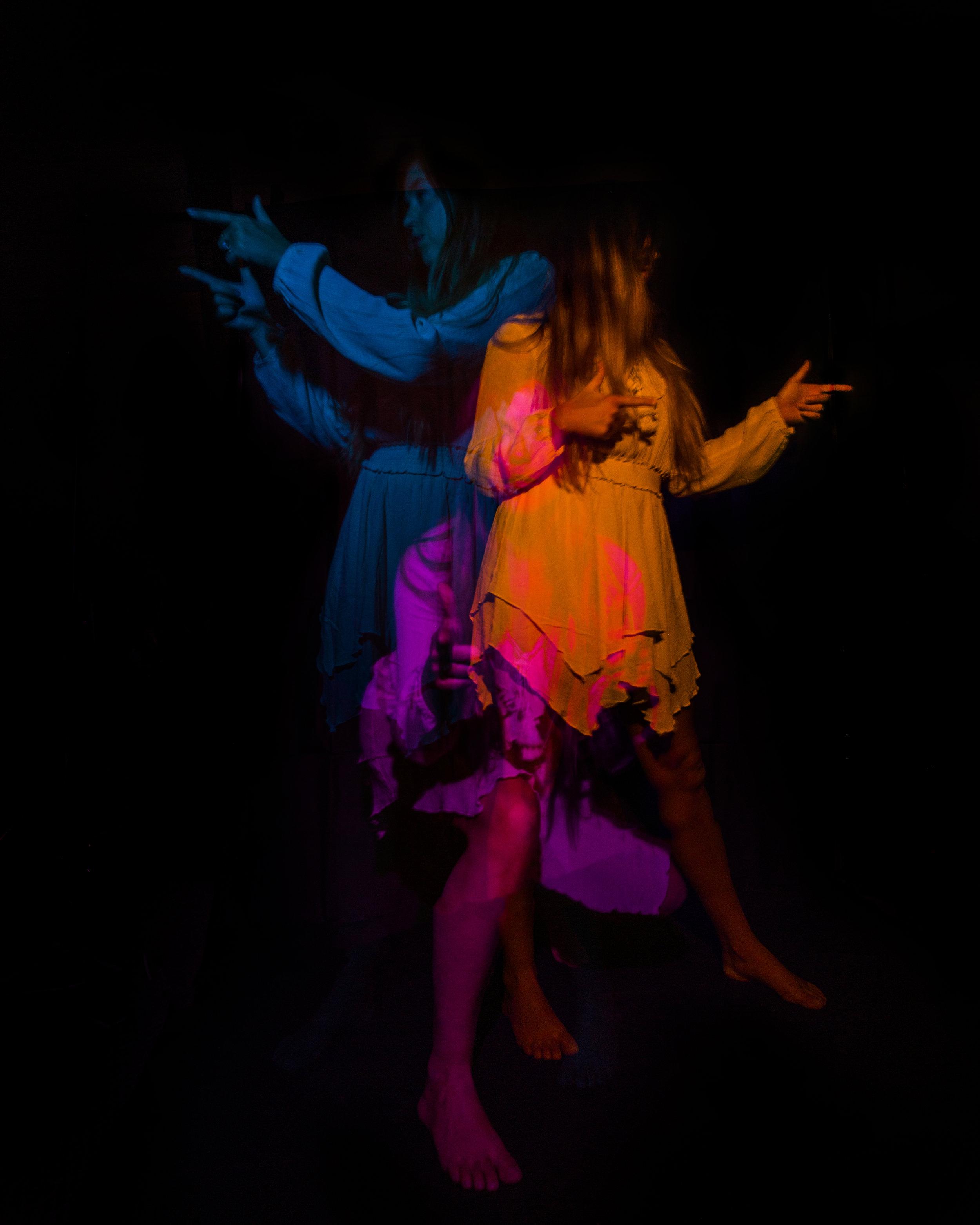 JordanRose_DarrenPearson_AstroBandit_DariusTwin_lightpainting_psychedelic_dancer_4.jpg