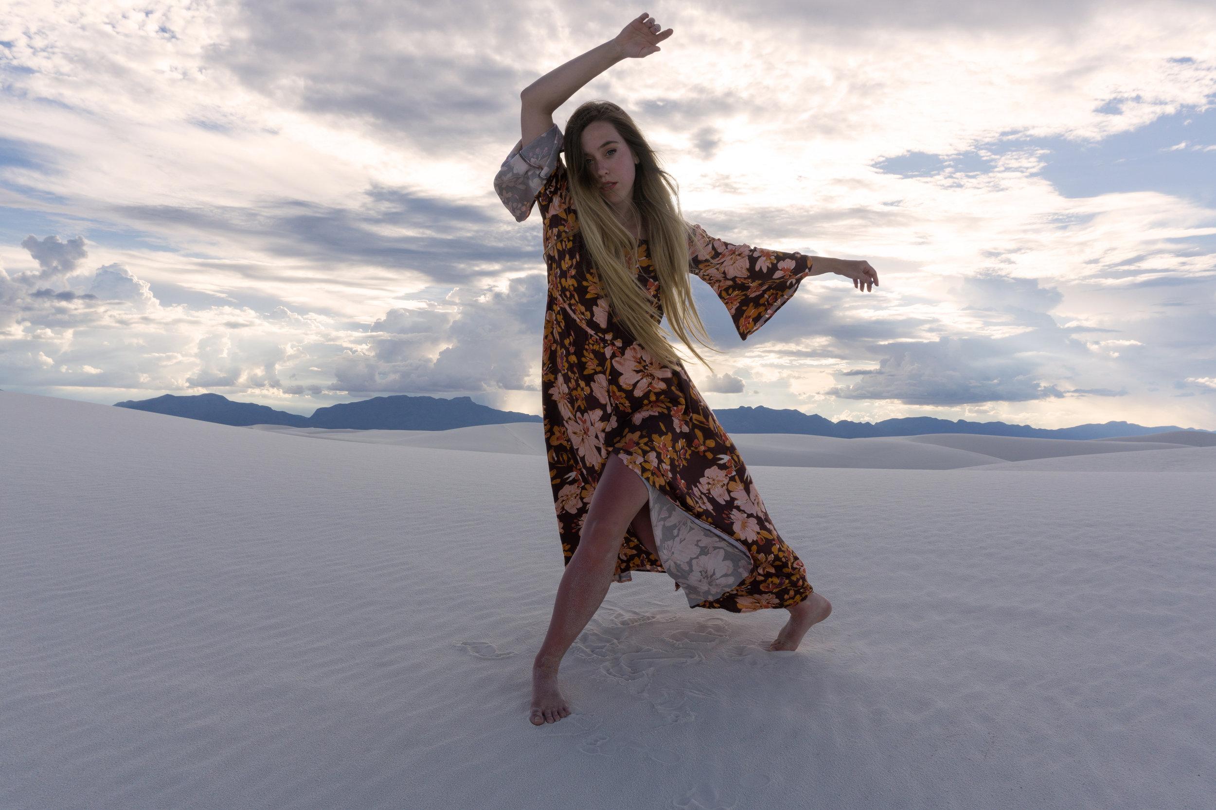 AstroBandit_JordanRose_WhiteSands_Dancing_Dancer_SomedaysLovin_GypsumSand_6.jpg