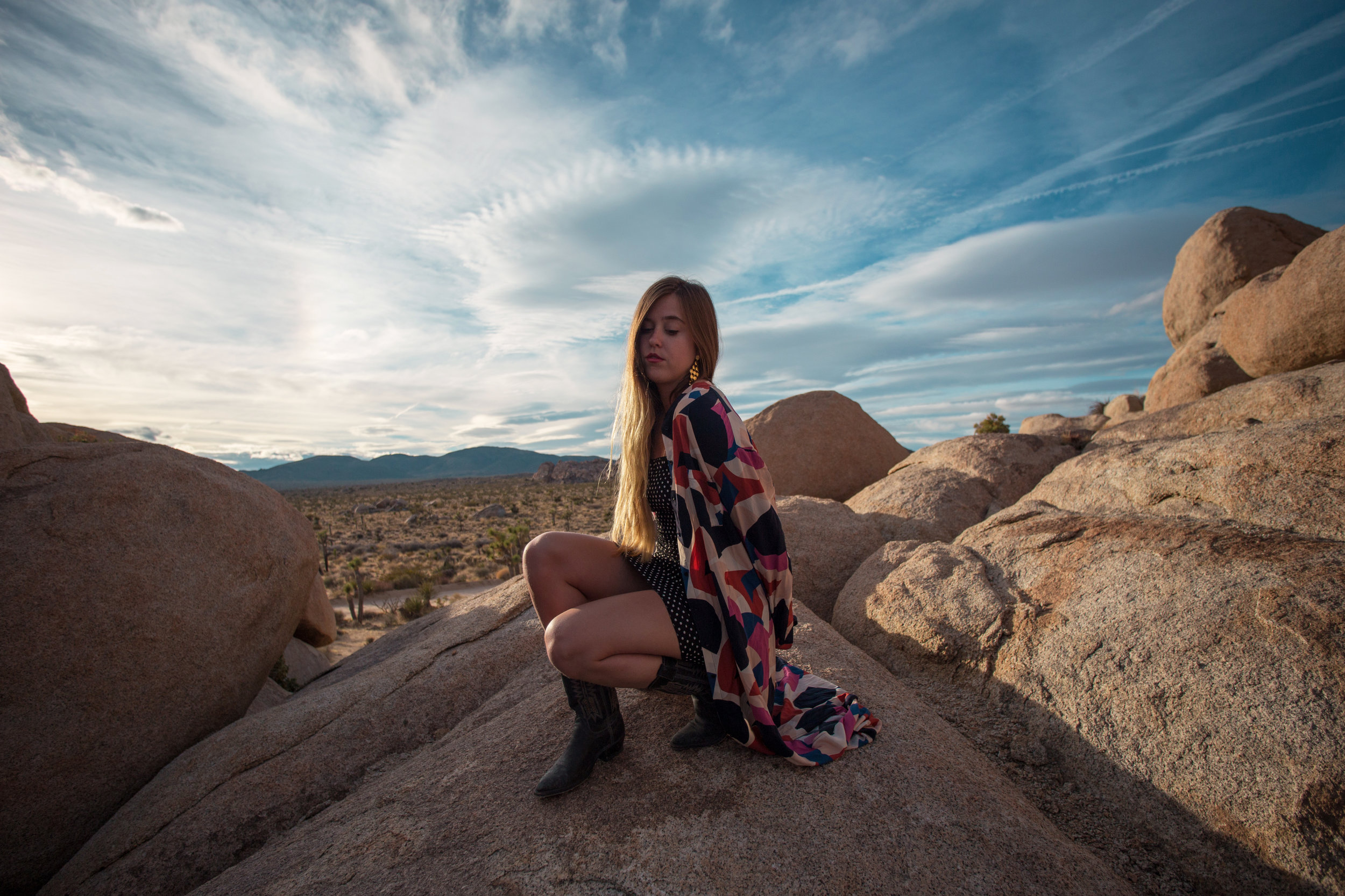 AstroBandit_JordanRose_GoJane_FreePeople_CowboyBoots_FarylRobin_Desert_Sunset_Spring_2018_MixingPrints_2.jpg