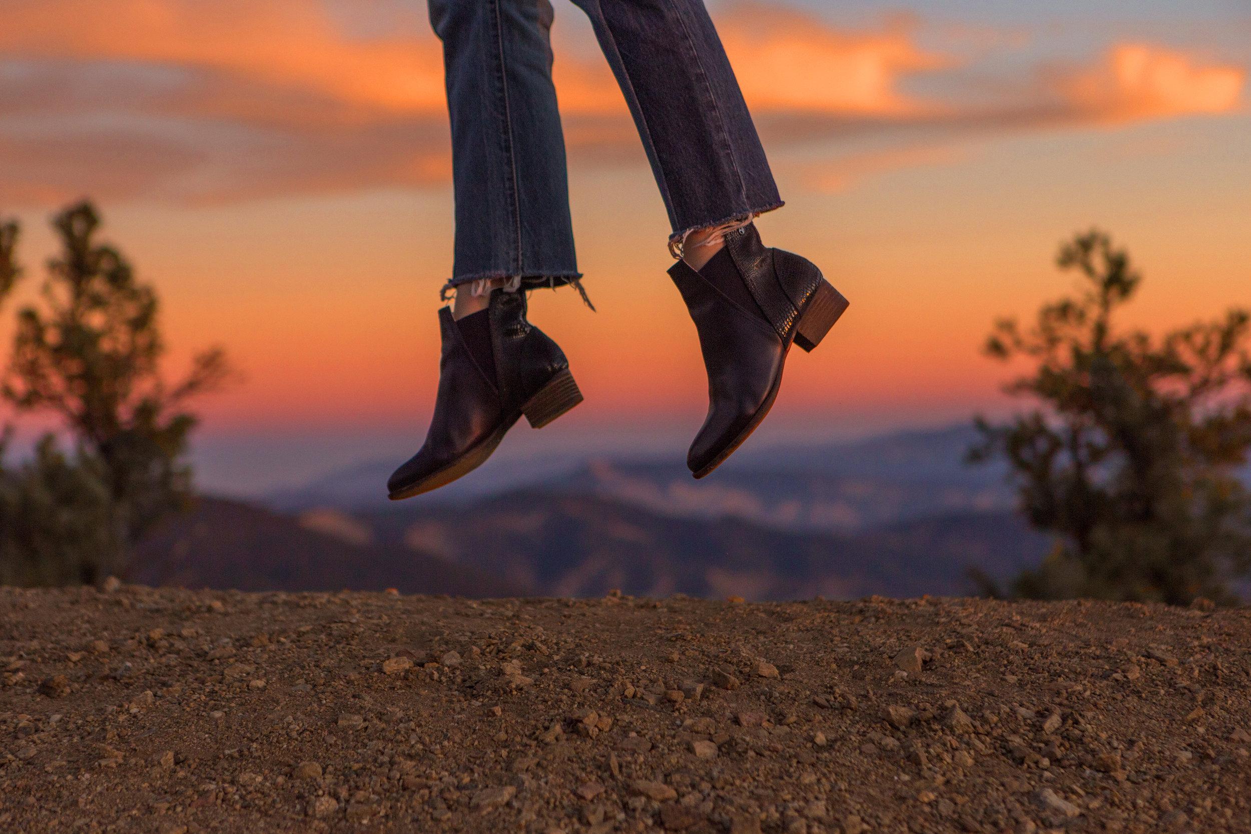 AstroBandit_JordanRose_Revere_Sunset_Bike_Ride_California_Mountains_5.jpg